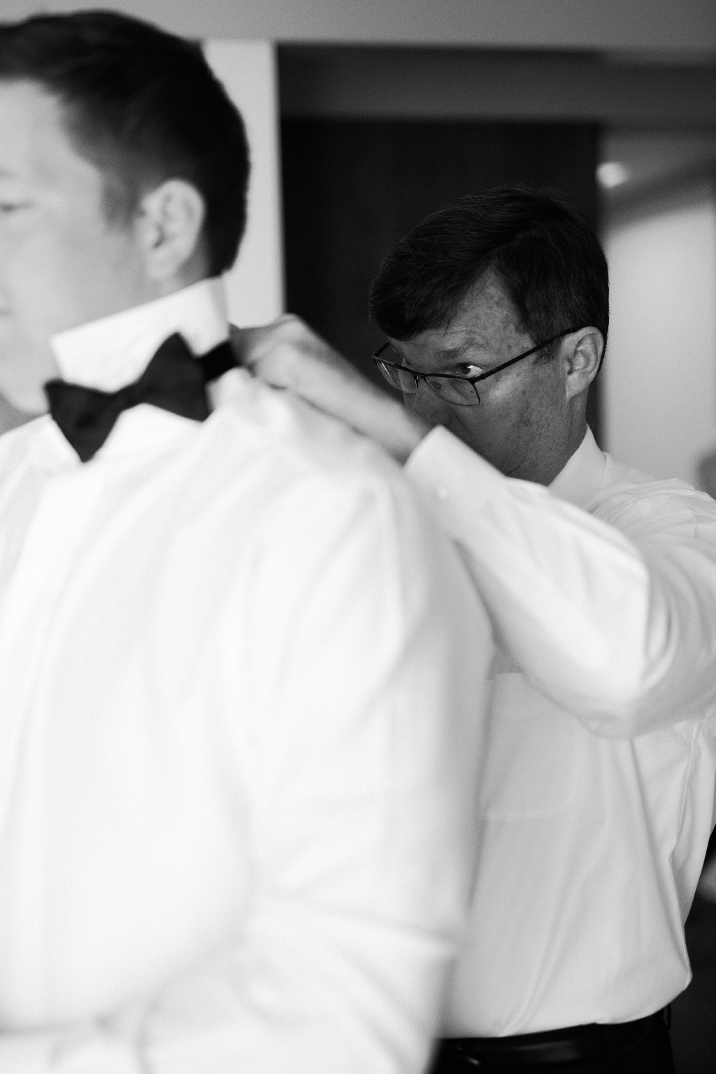 MD_MendocinoWedding_ScottAndrewStudio_3_GettingReady-6.jpg