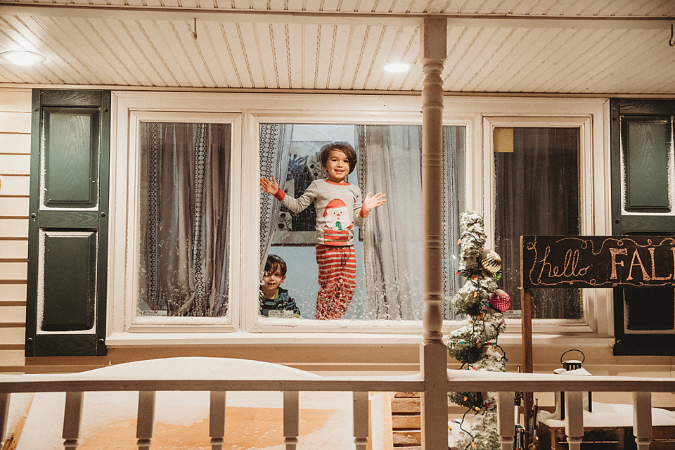 Toddlers |Looking out Window| Documentary |Photographer