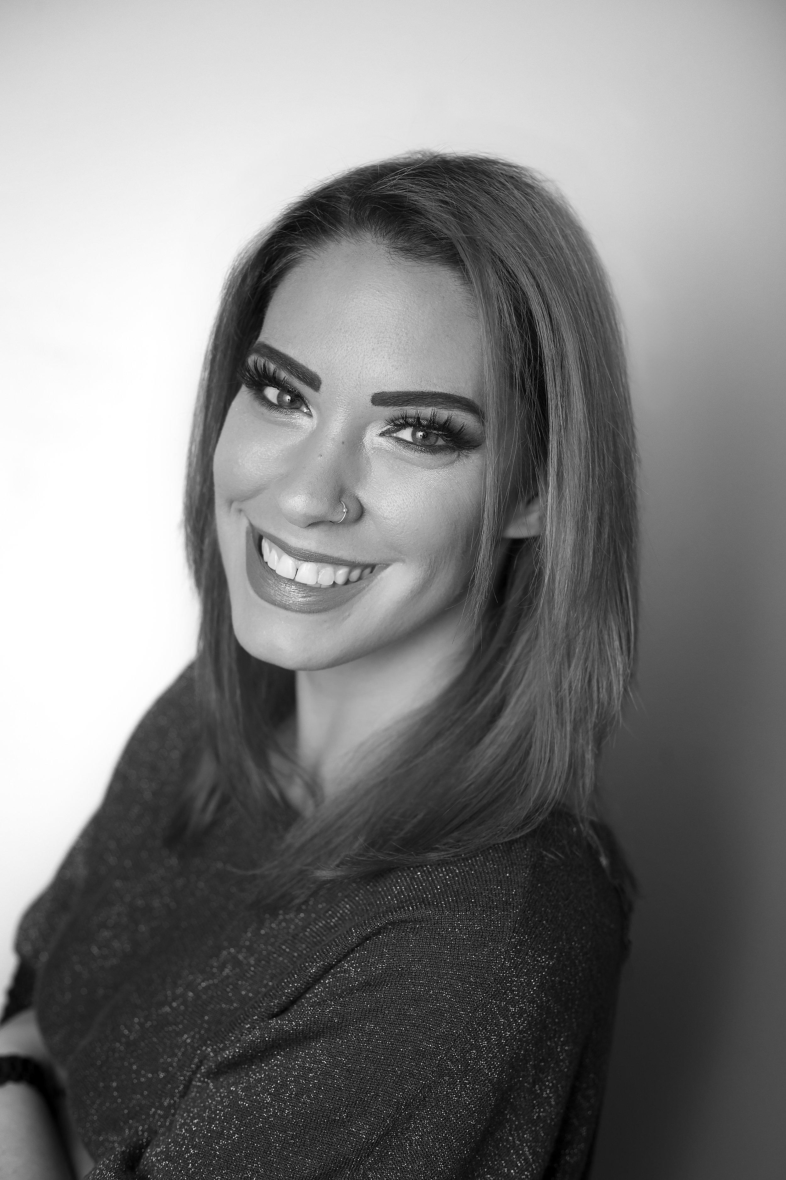 Model   Actress   Headshot   Long Island   Casterly Fox   Cosplayer