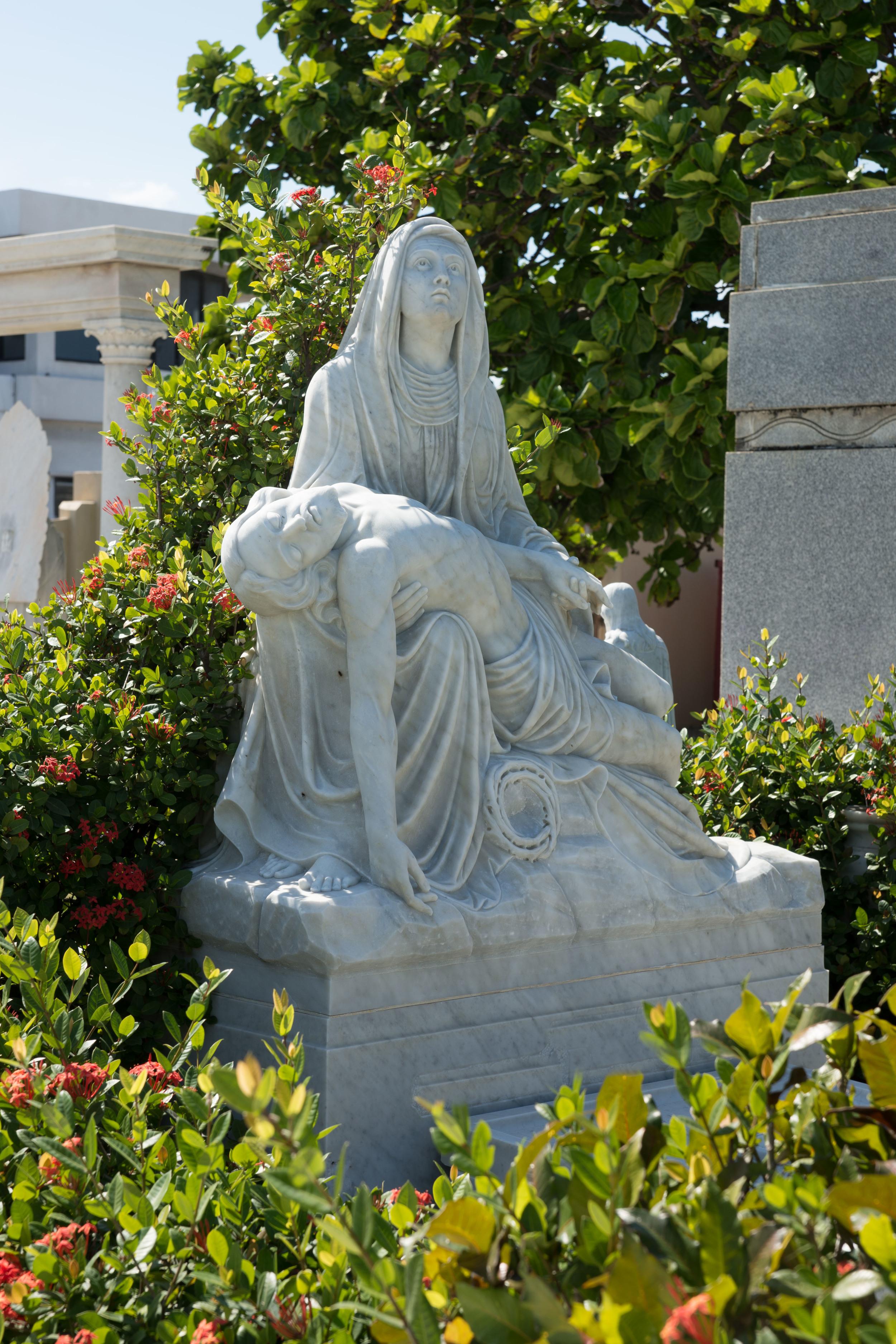 Cemetery -35.jpg