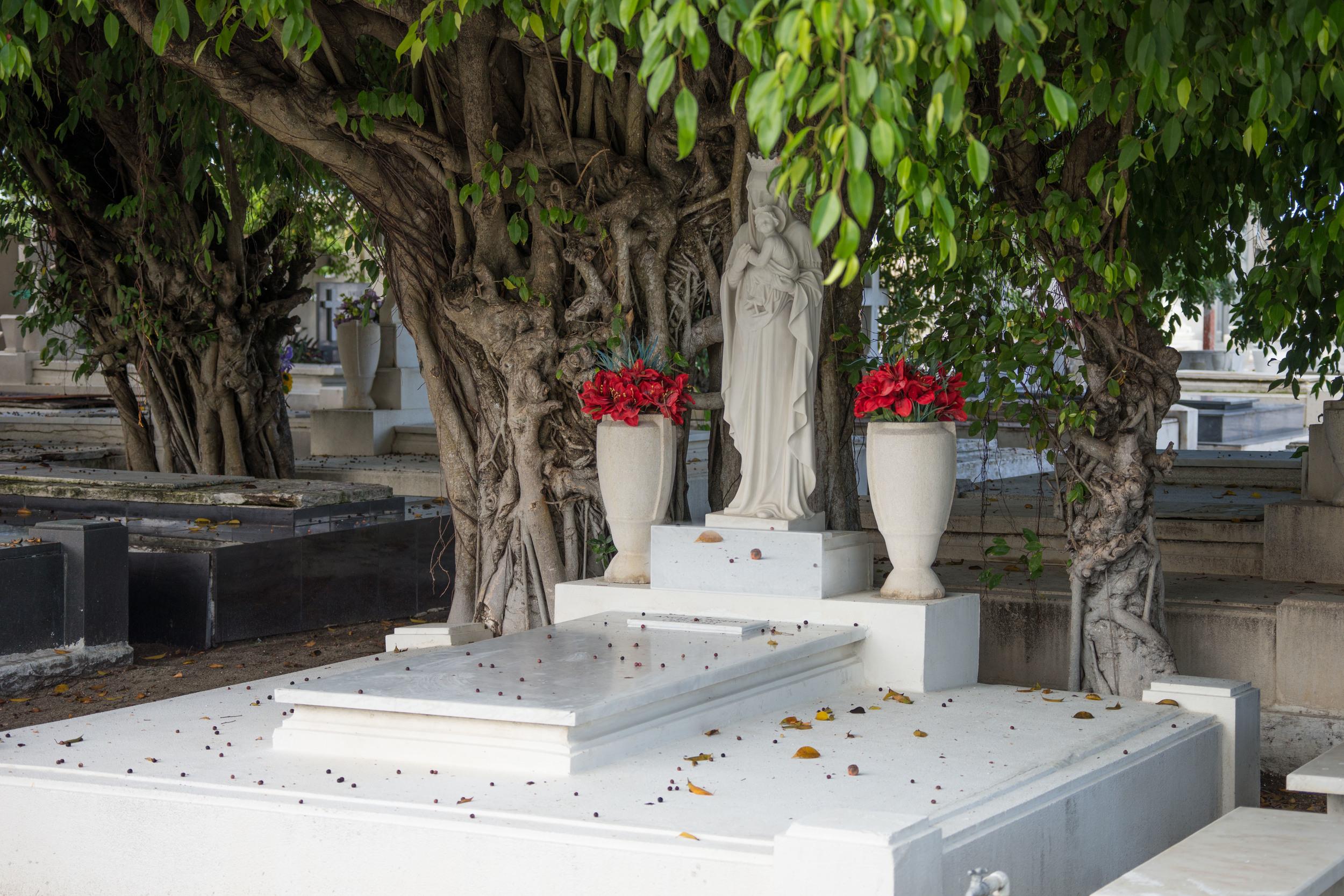 Cemetery-13.jpg