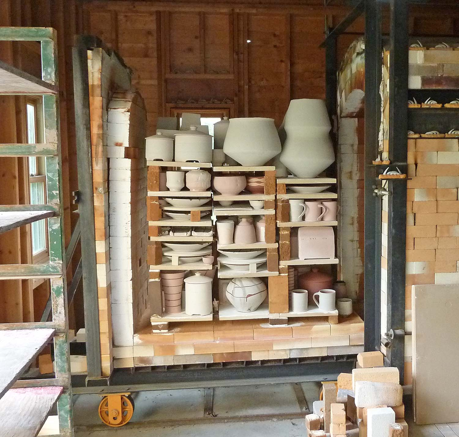 Loaded kiln.