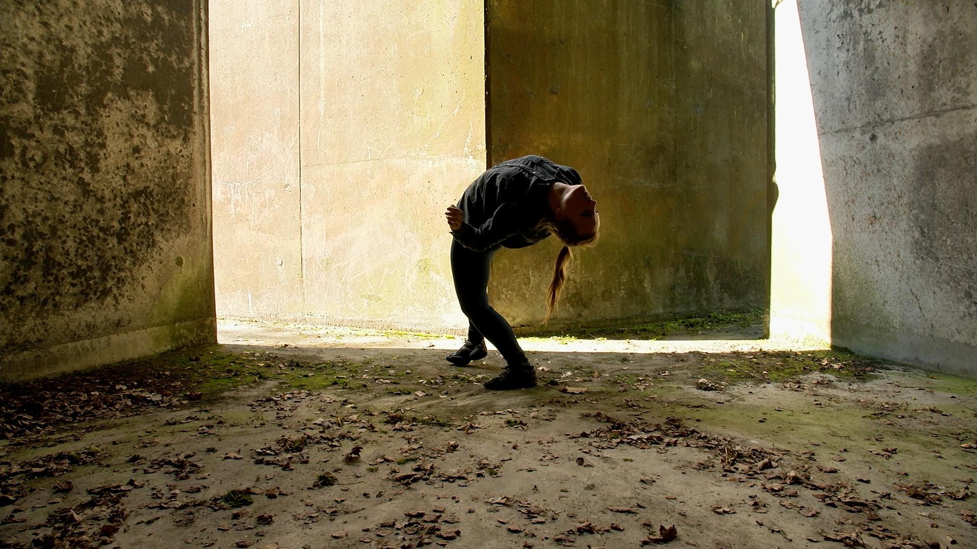 Kim arch in bunker.jpg