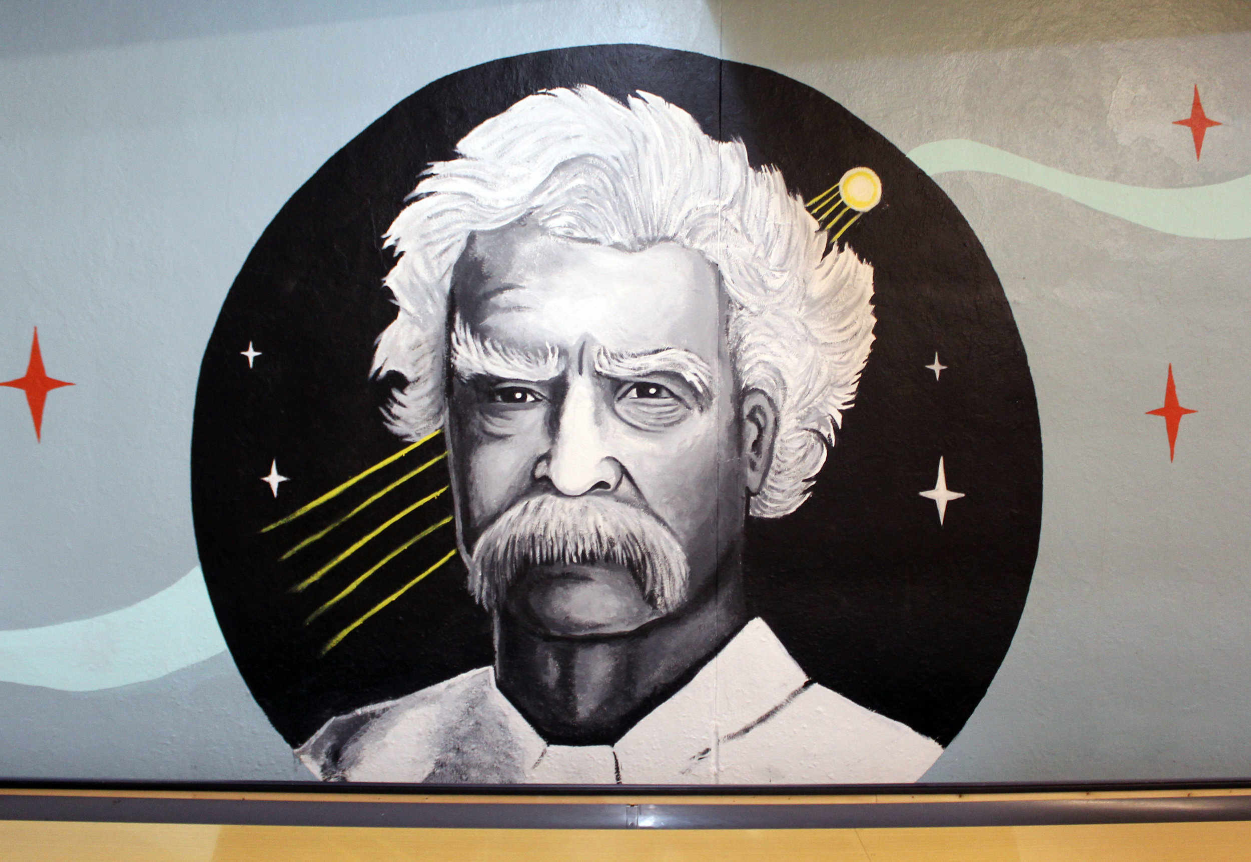 Mark Twain The Comet Close up.jpg