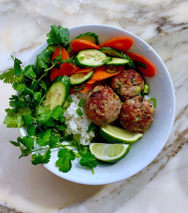 let's hear it for pork meatballz with pickly things 'n rice...aka the only thing I want to eat on a night like tonight. or for that matter, any night. new @basically recipe link in tha b.