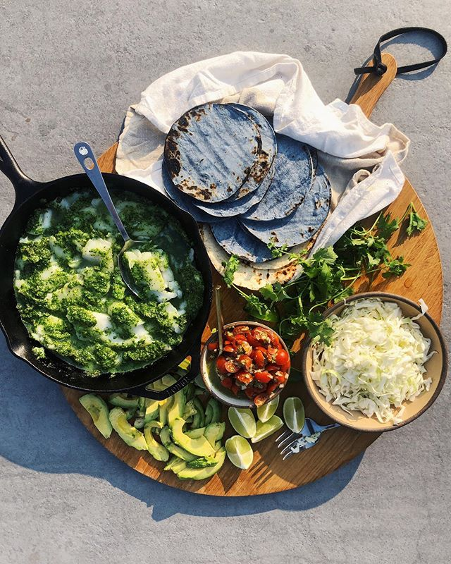that @empschultz took a good one, but admit you only like this photo for the blue corn torts (fam-style fish tacos linked in the b)