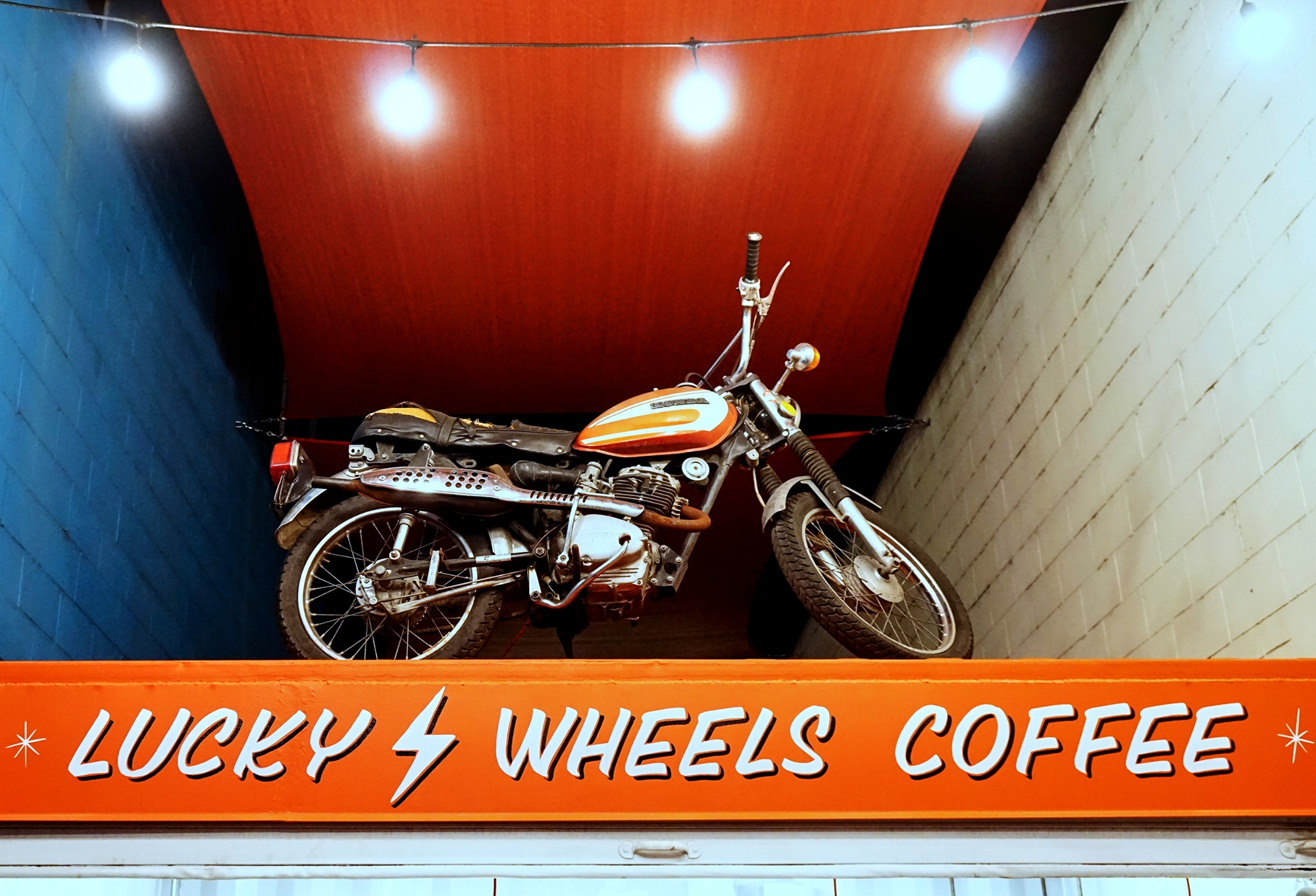 Lucky Wheels Coffee is right next door to the garage.