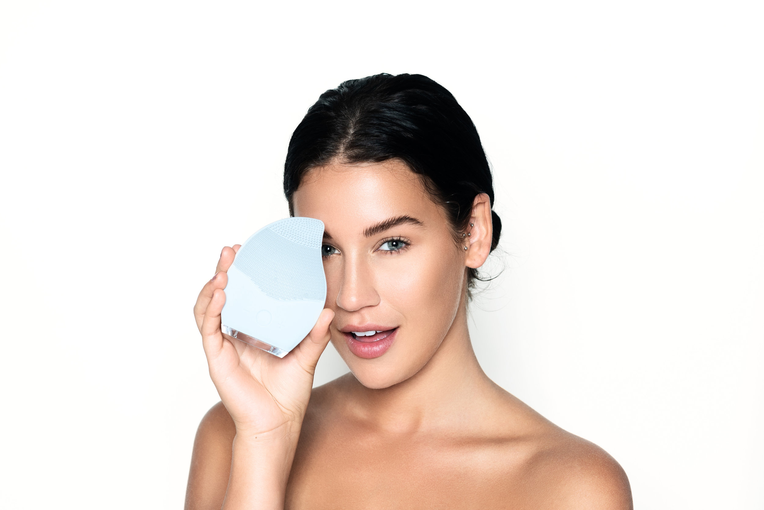Introducing the Raindrop Facial Cleansing Brush by Cat Vo - Ready to Feel Right as Rain.