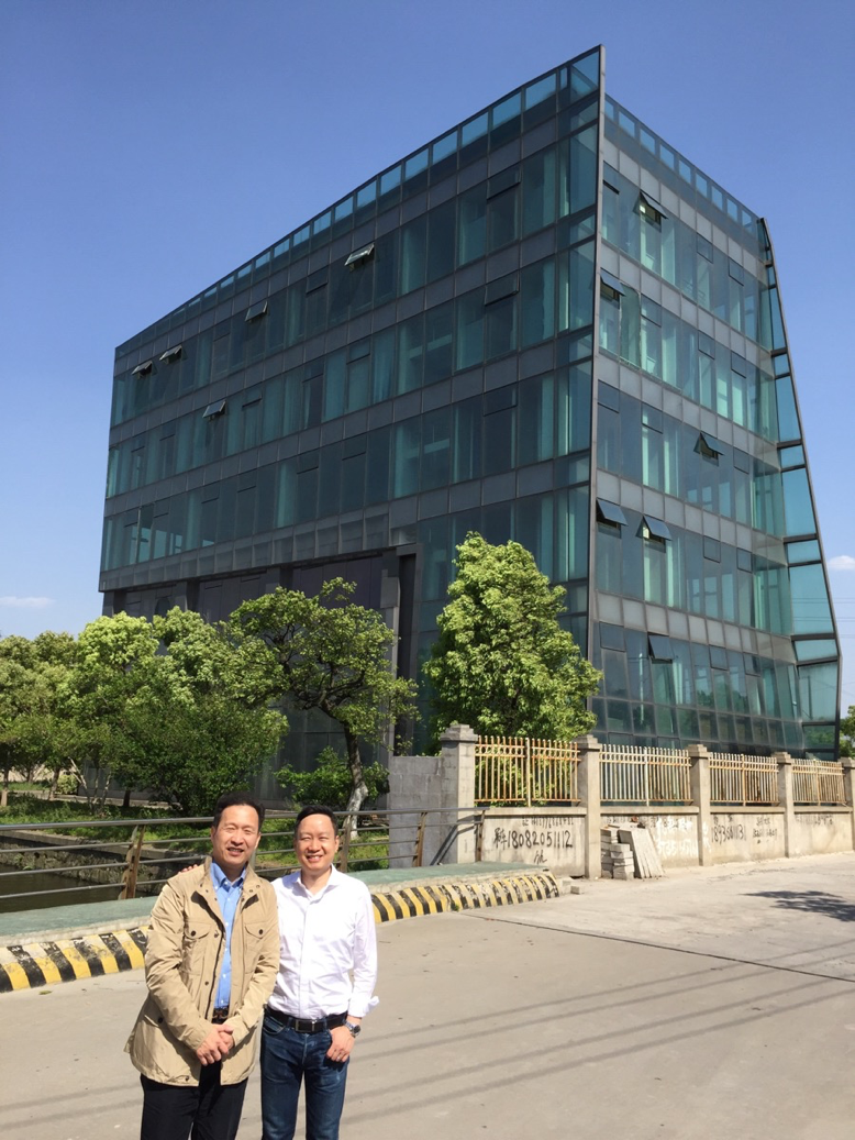 Owner (left) of our Diabetic Center in Shanghai. We will also be treating cancer patients here.