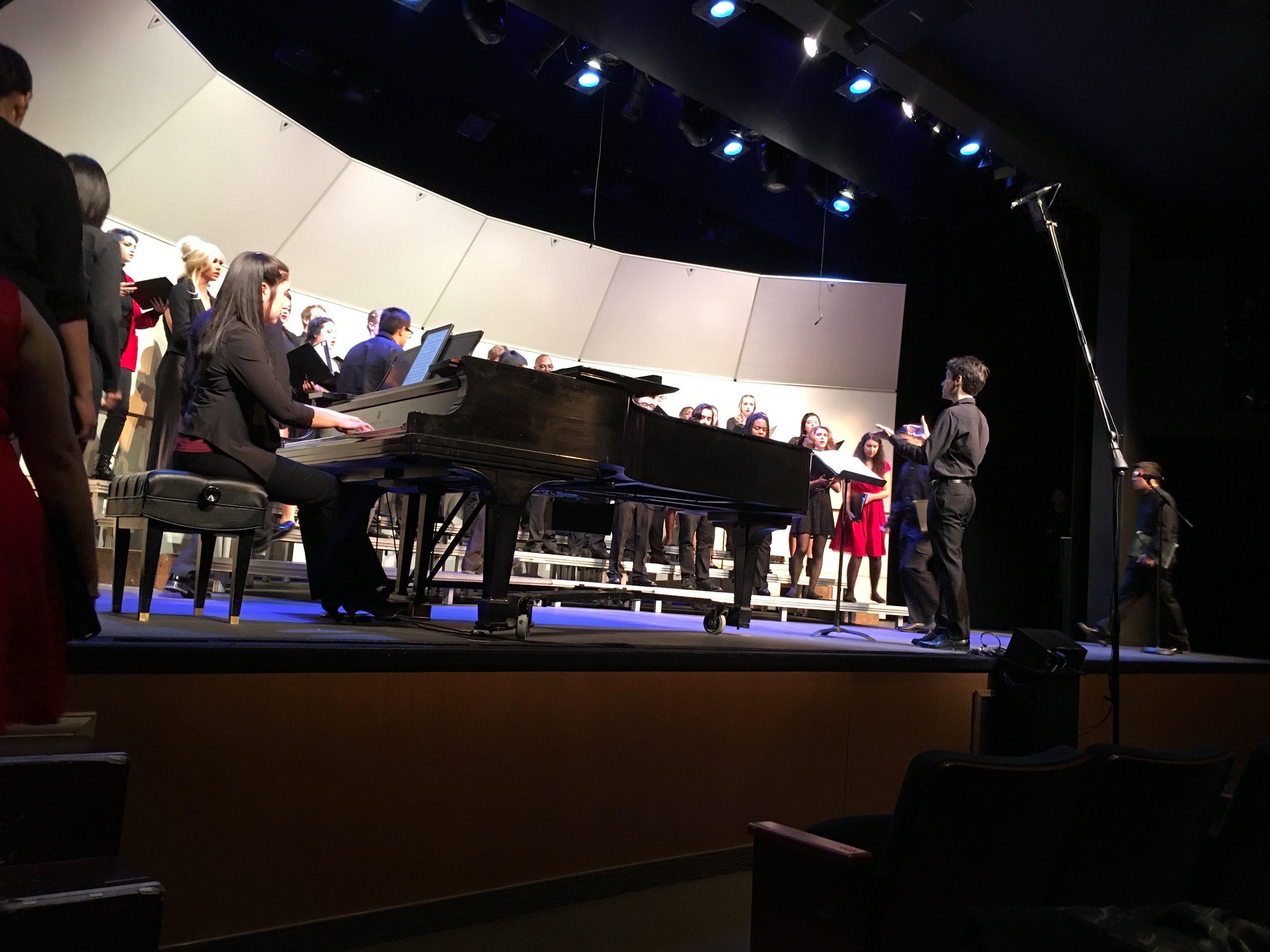 Professor David Rentz conducts the Chaffey College Choir. Photo by Sabino Villanueva.