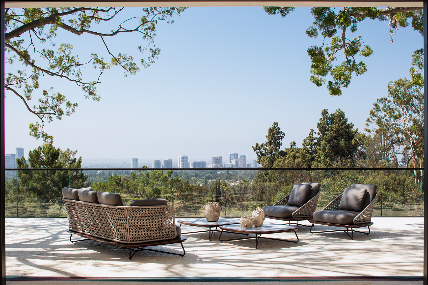 LuxuryMagazine_TowerGrove_ExteriorView_Meghanbob_WEB.jpg