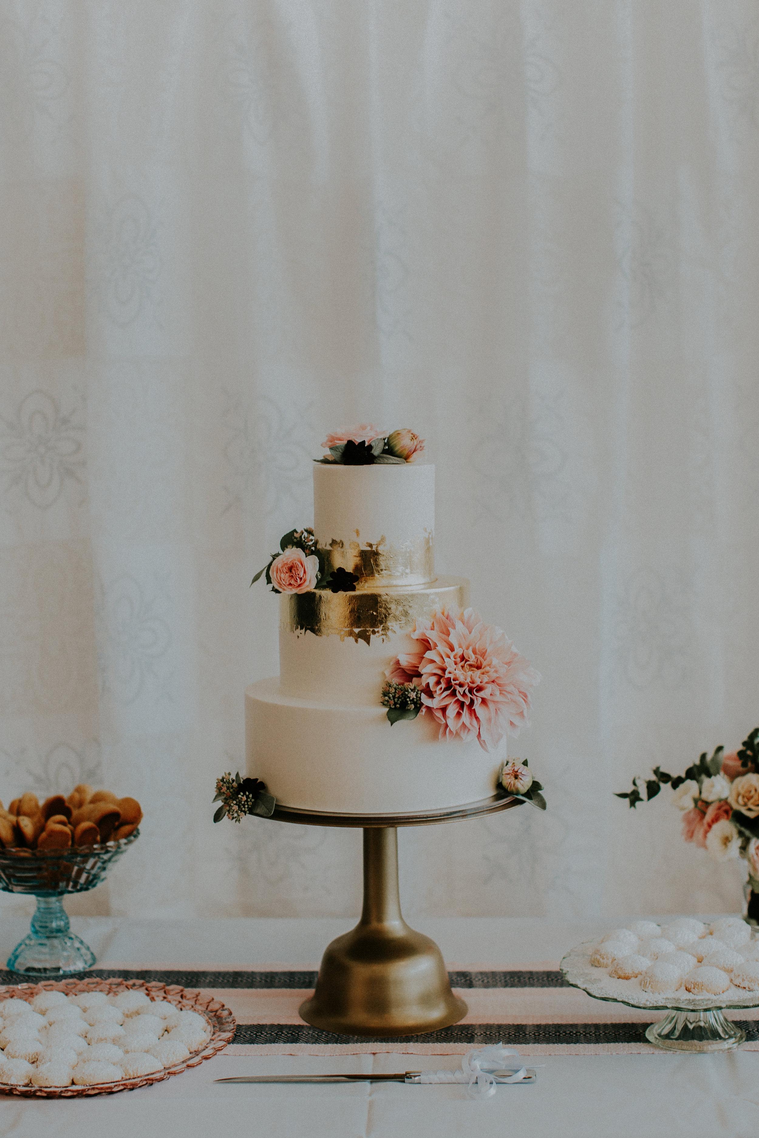 Hazelwood_Photo_The_Cleaners_Ace_Hotel_Portland_Wedding025.jpg