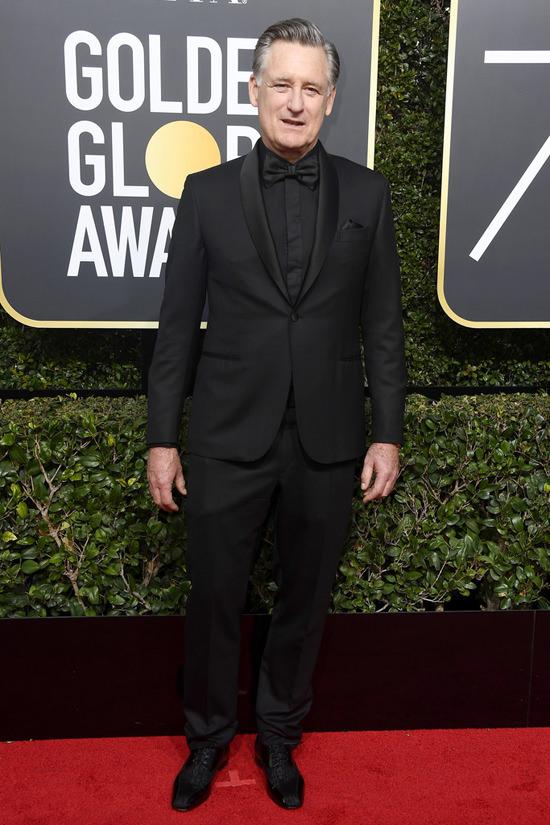 Golden-Globes-2018-Awards-Red-Carpet-Fashion-The-Gentlmen-PART-ONE-Tom-Lorenzo-Site-2.jpg
