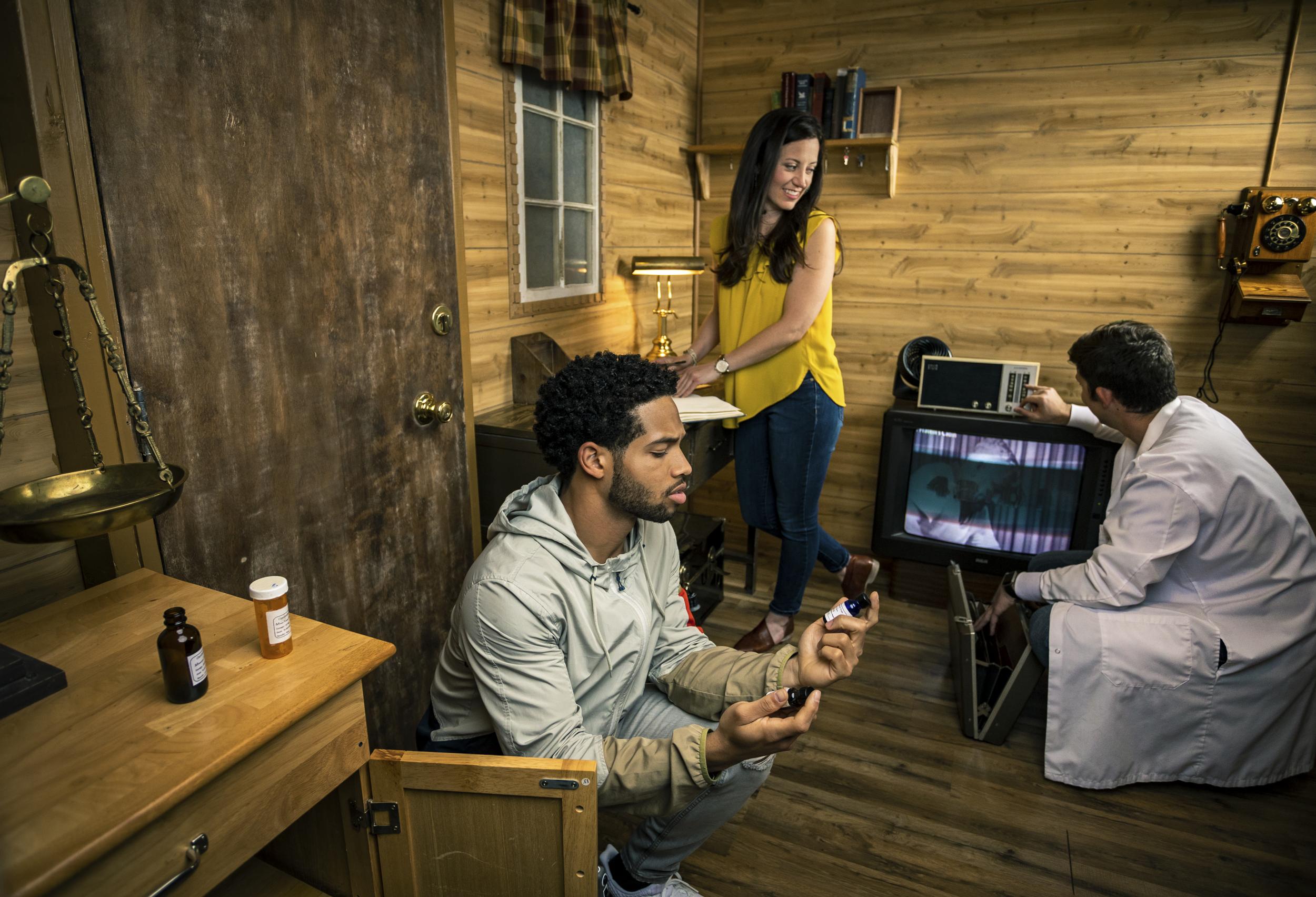 Dr. Fratelli's Cabin Escape Room, Escape Artist Greenville, SC