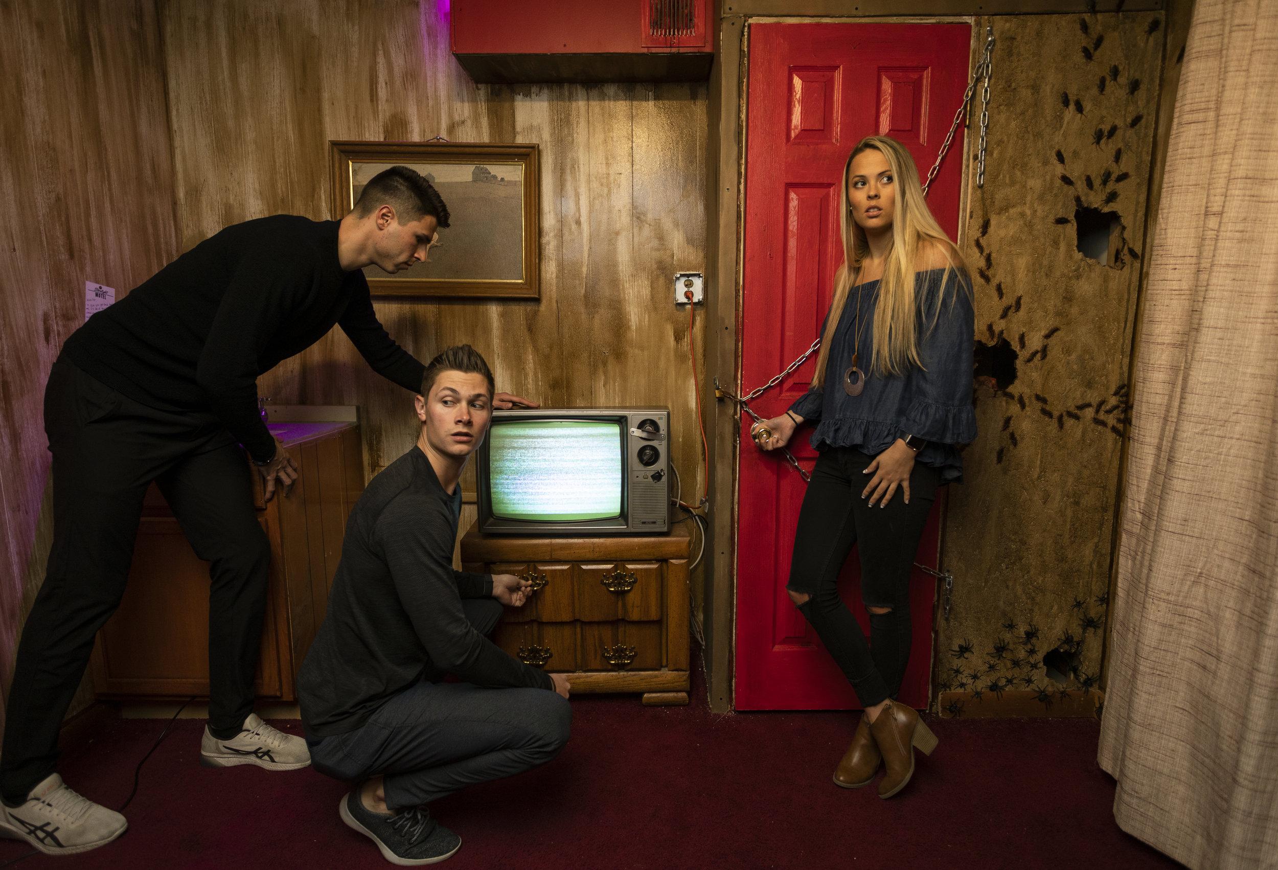 The Starlight Motel Escape Room, Escape Artist Greenville, SC