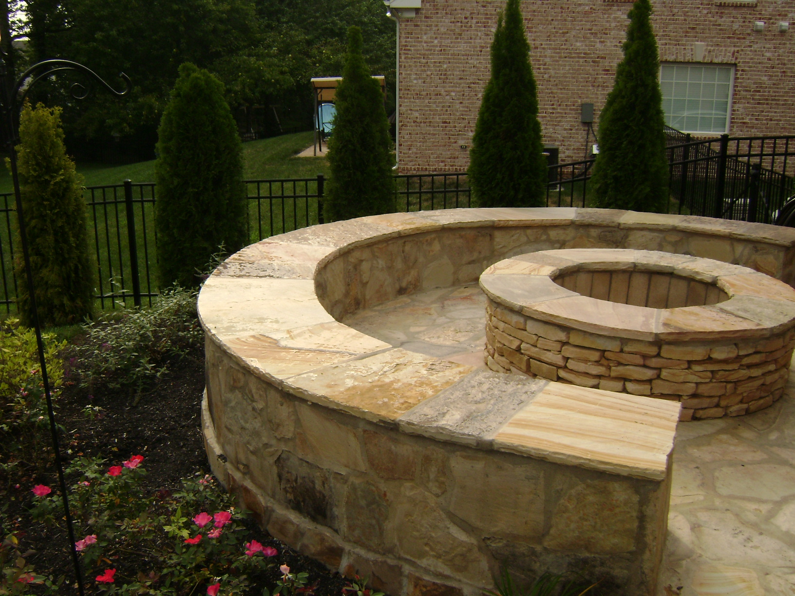stone-fire-pit-and-stone-bench.jpg