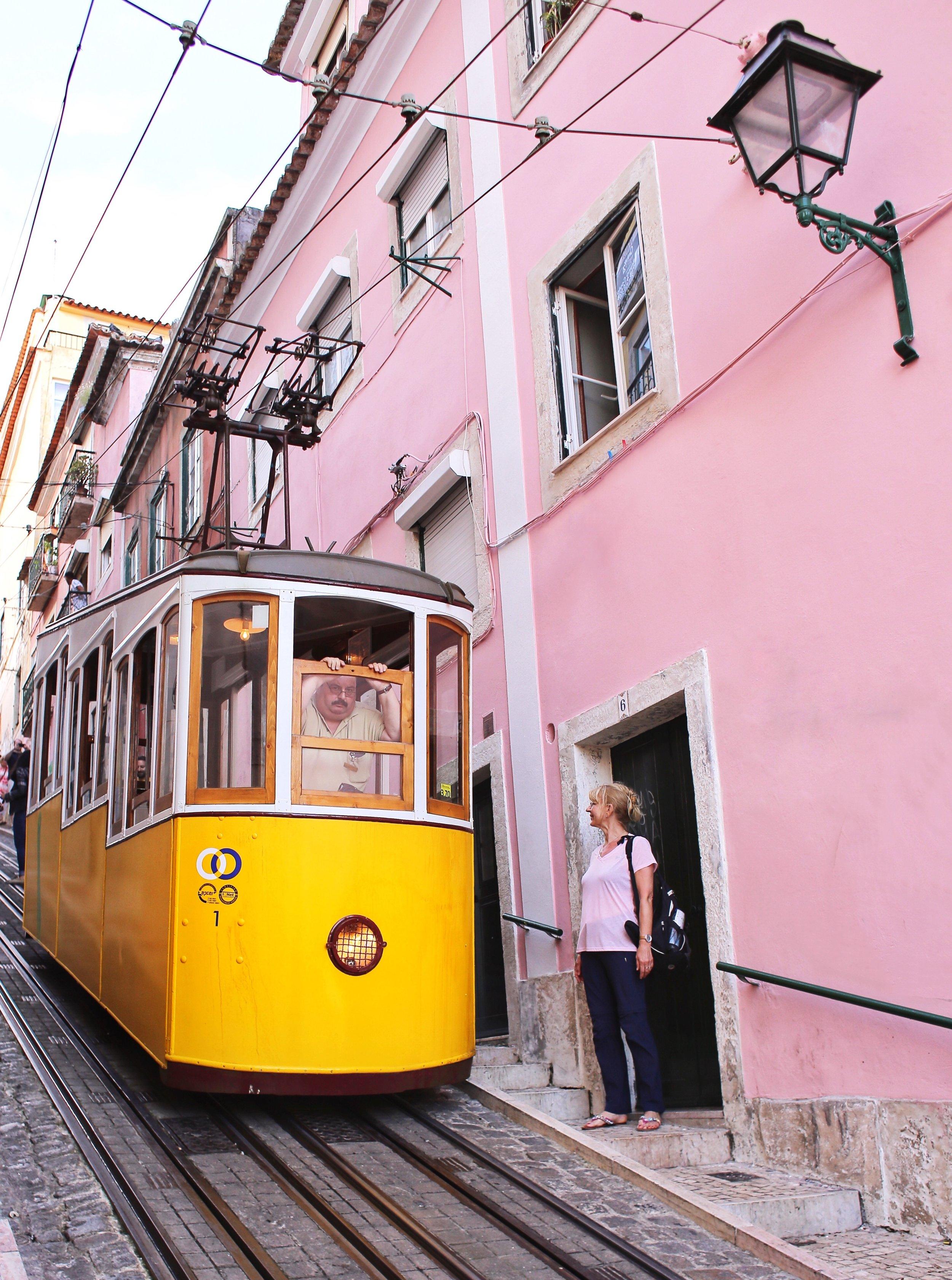 Lisbon-tram 2