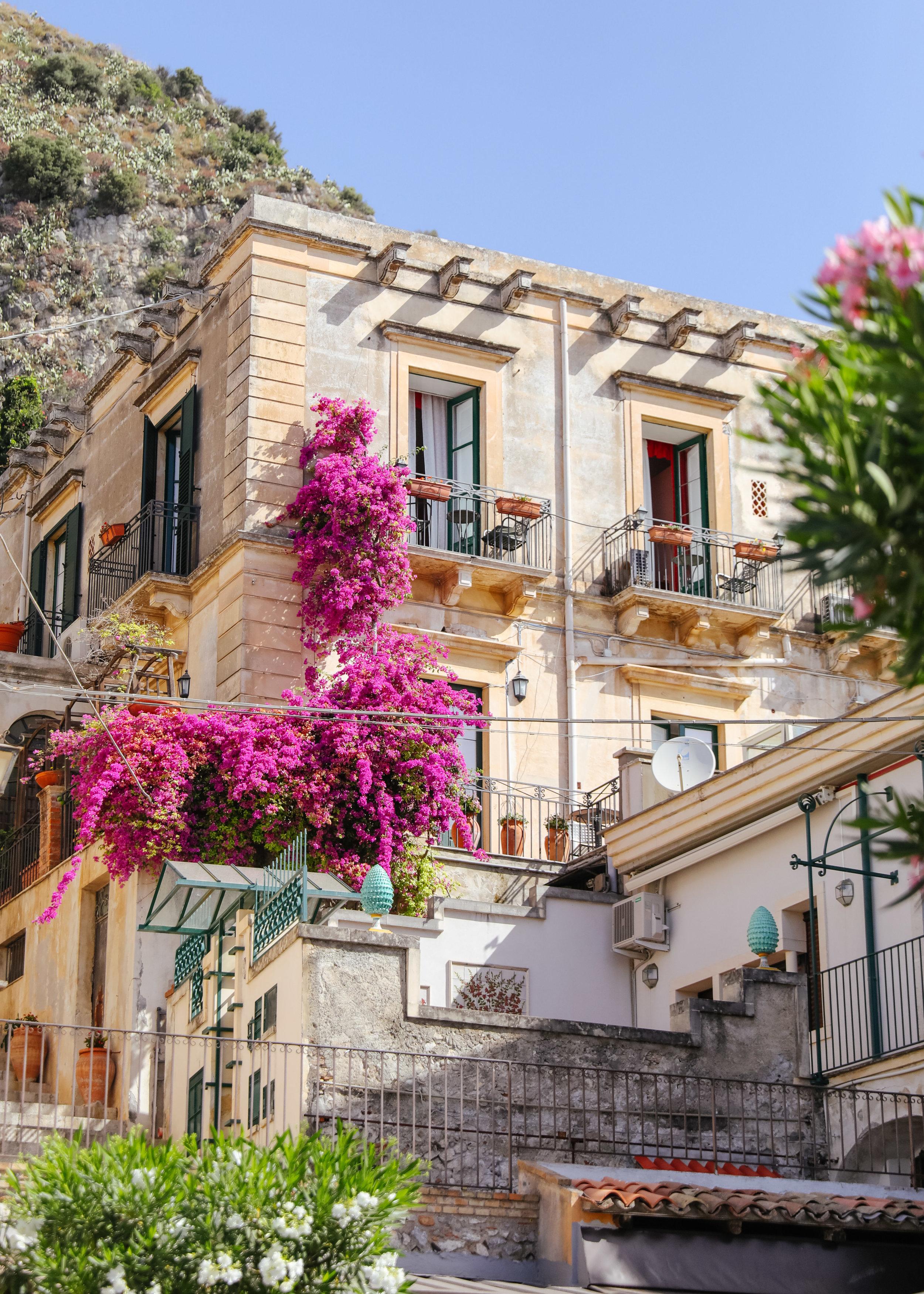 Taormina City-2.jpg