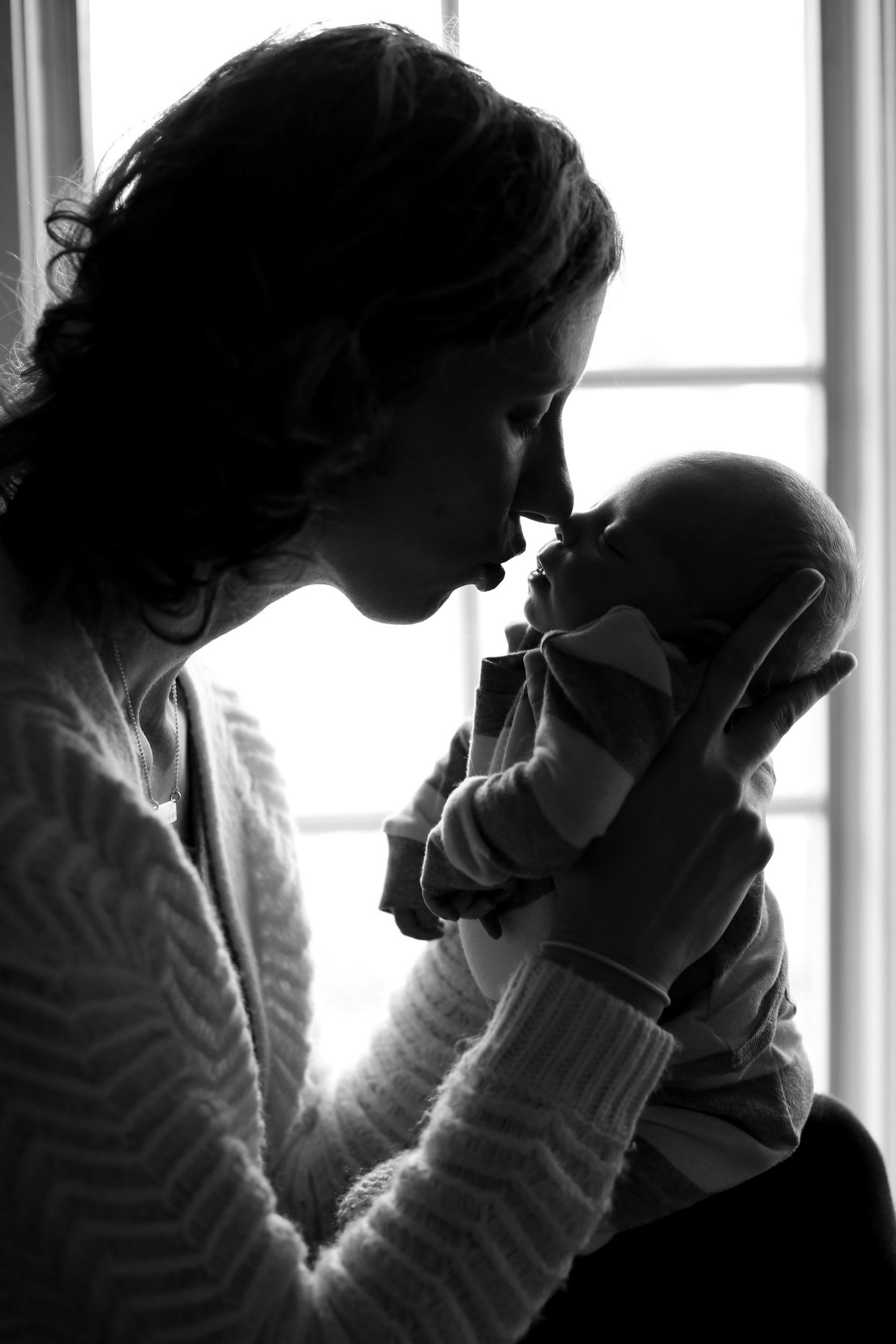 Micah Postma Newborn Photo Shoot at Home (39 of 88).jpg