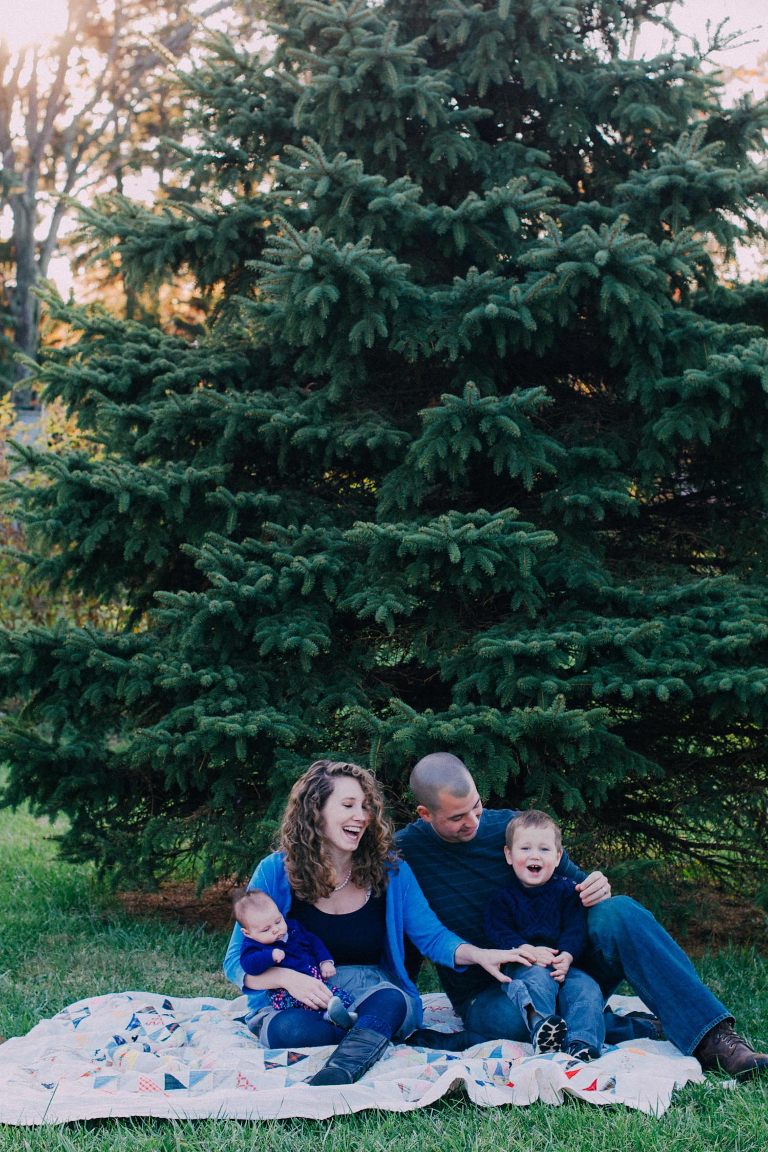 Again We Say Rejoice Photography - Backyard Lifestyle Family Session (1 of 17).jpg