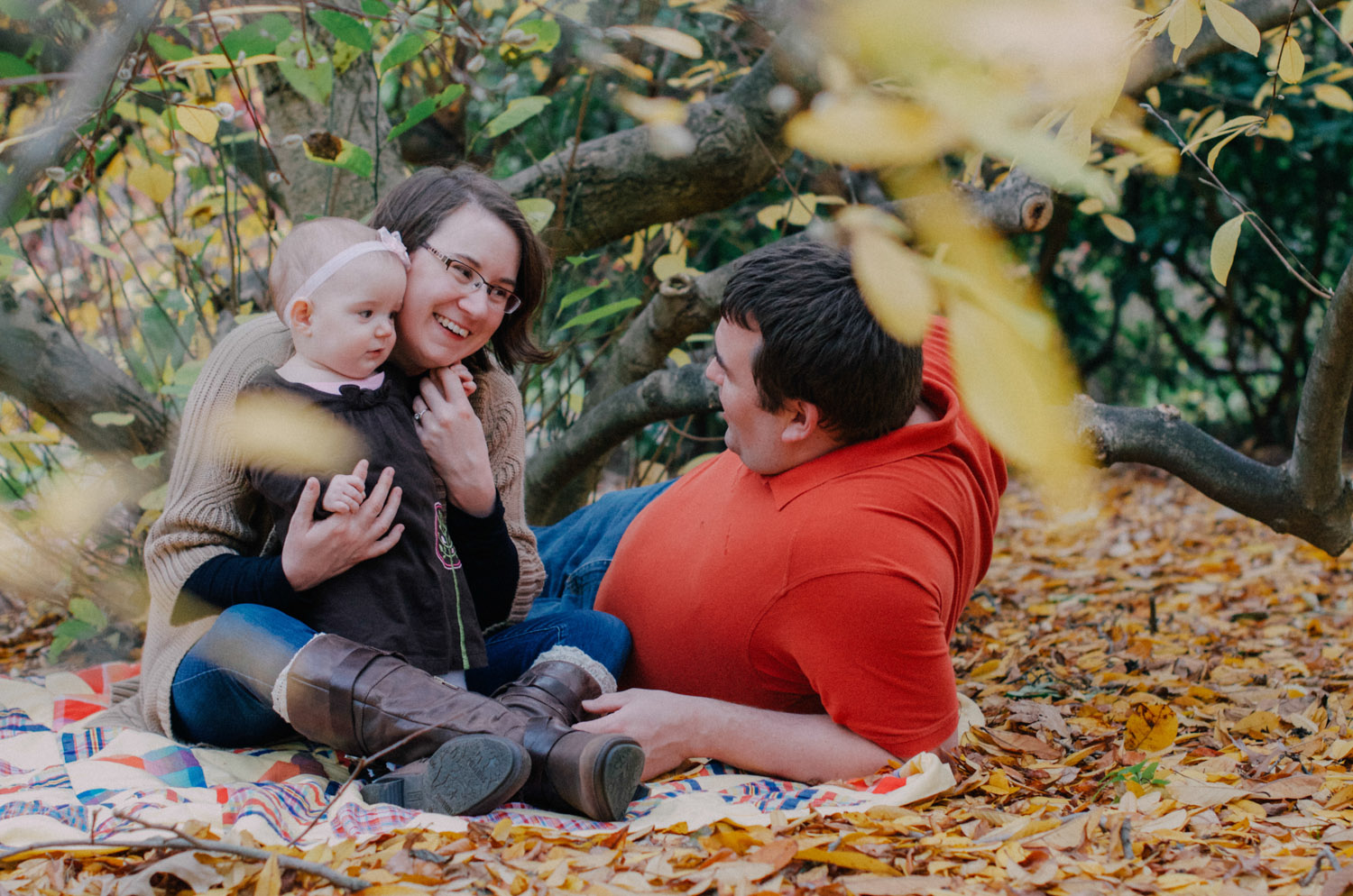Again We Say Rejoice Photography - Autumn Family Photo Session (9 of 19).jpg