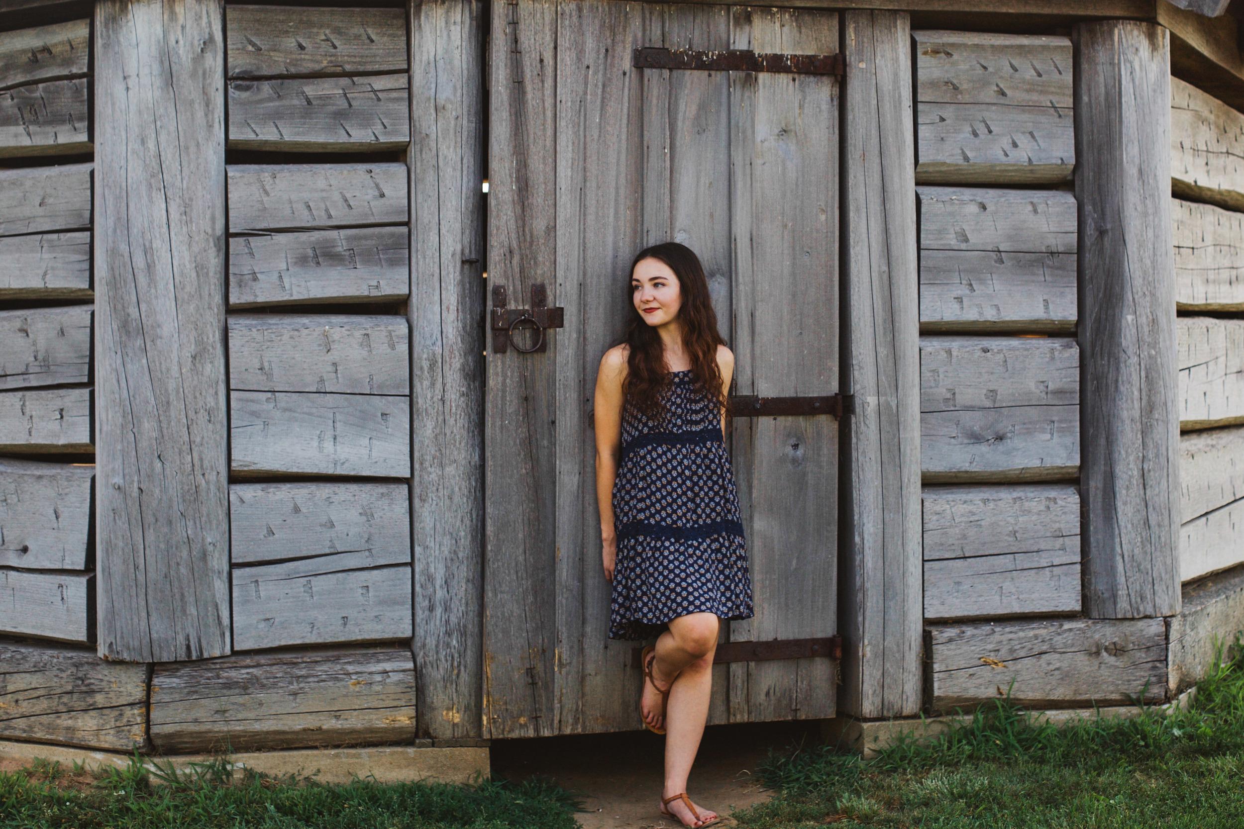 Erin Locke Senior Photos by Again We Say Rejoice Photography (32 of 129).jpg