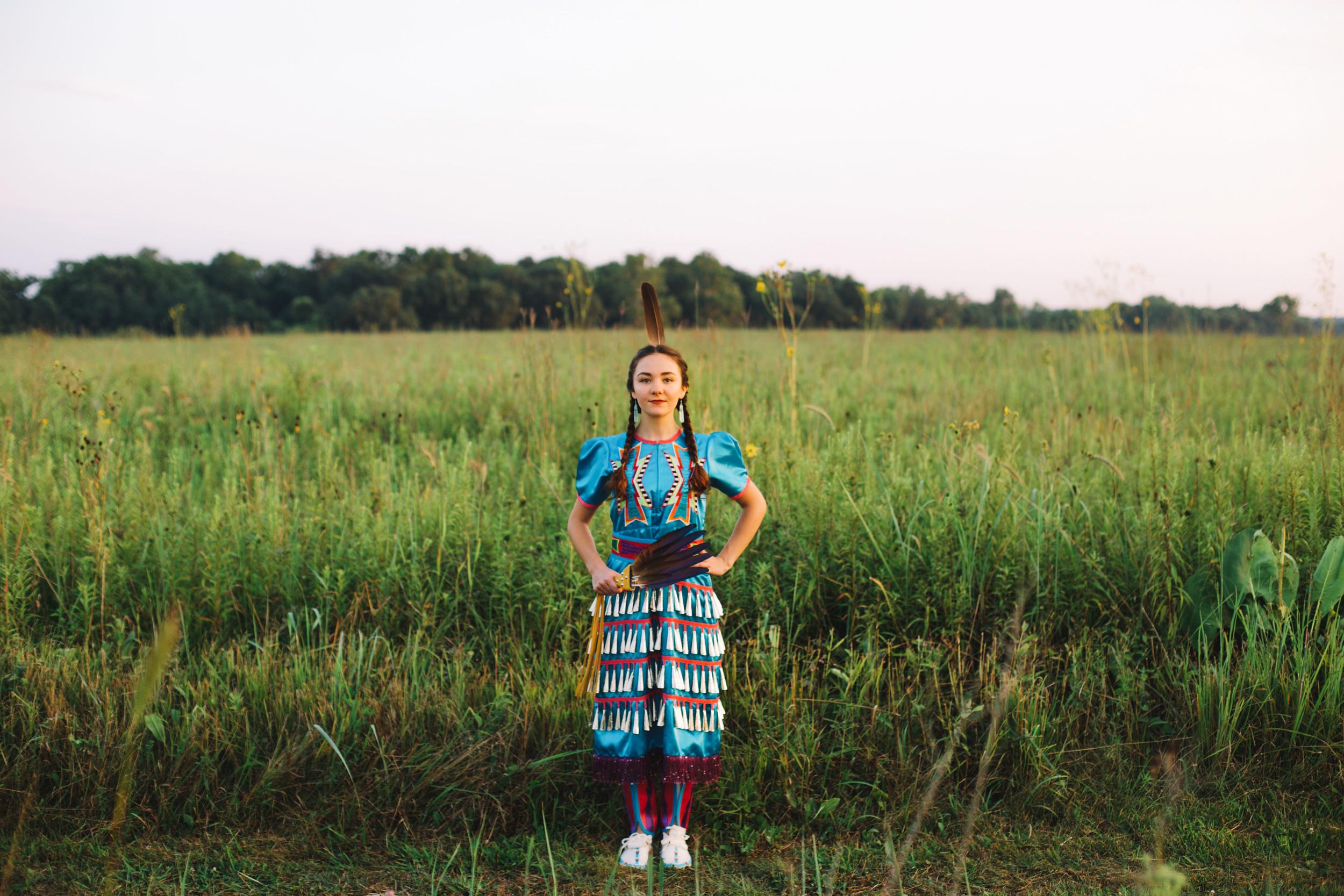 Erin Locke Senior Photos by Again We Say Rejoice Photography (94 of 129).jpg