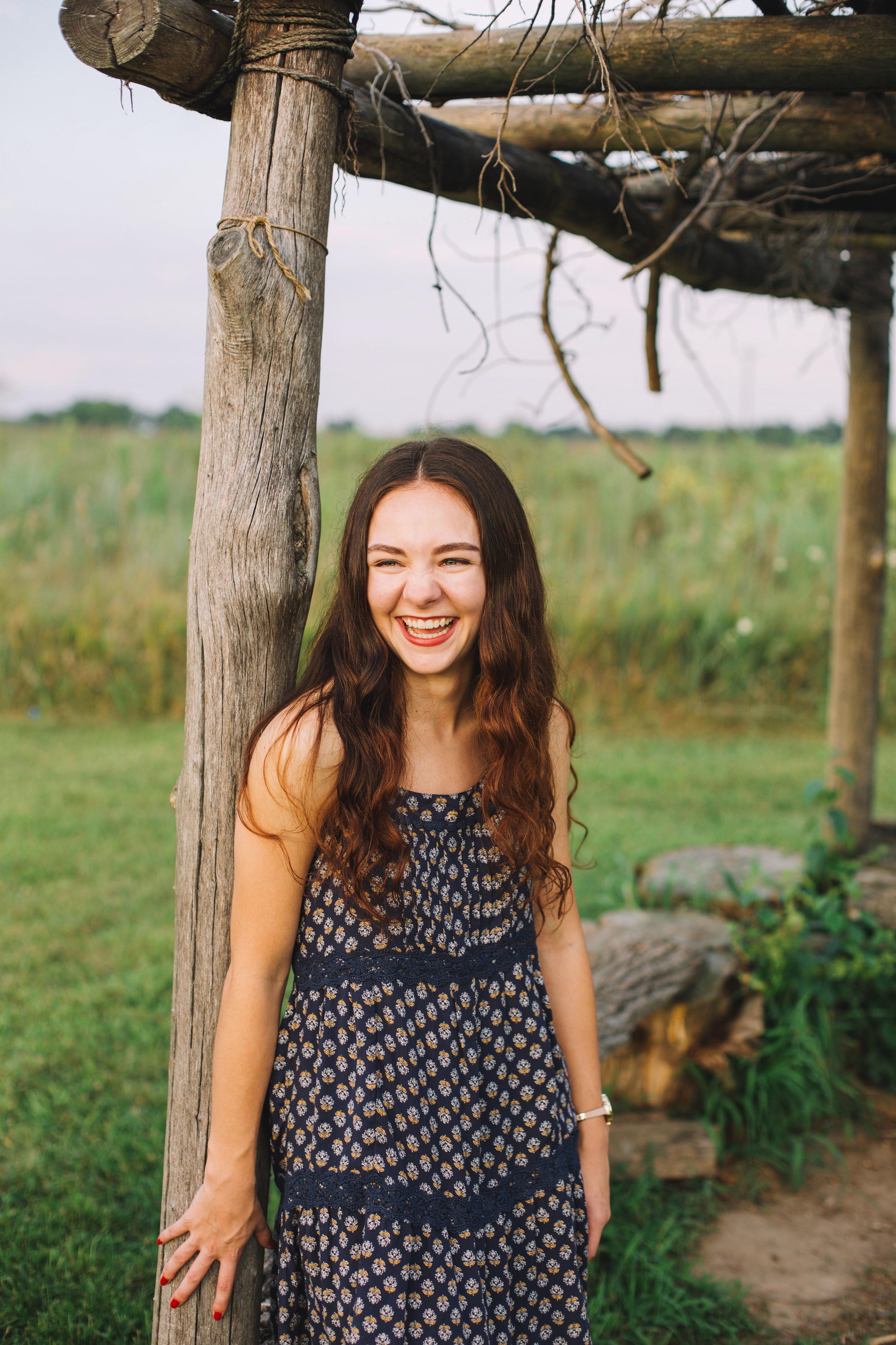 Erin Locke Senior Photos by Again We Say Rejoice Photography (66 of 129).jpg