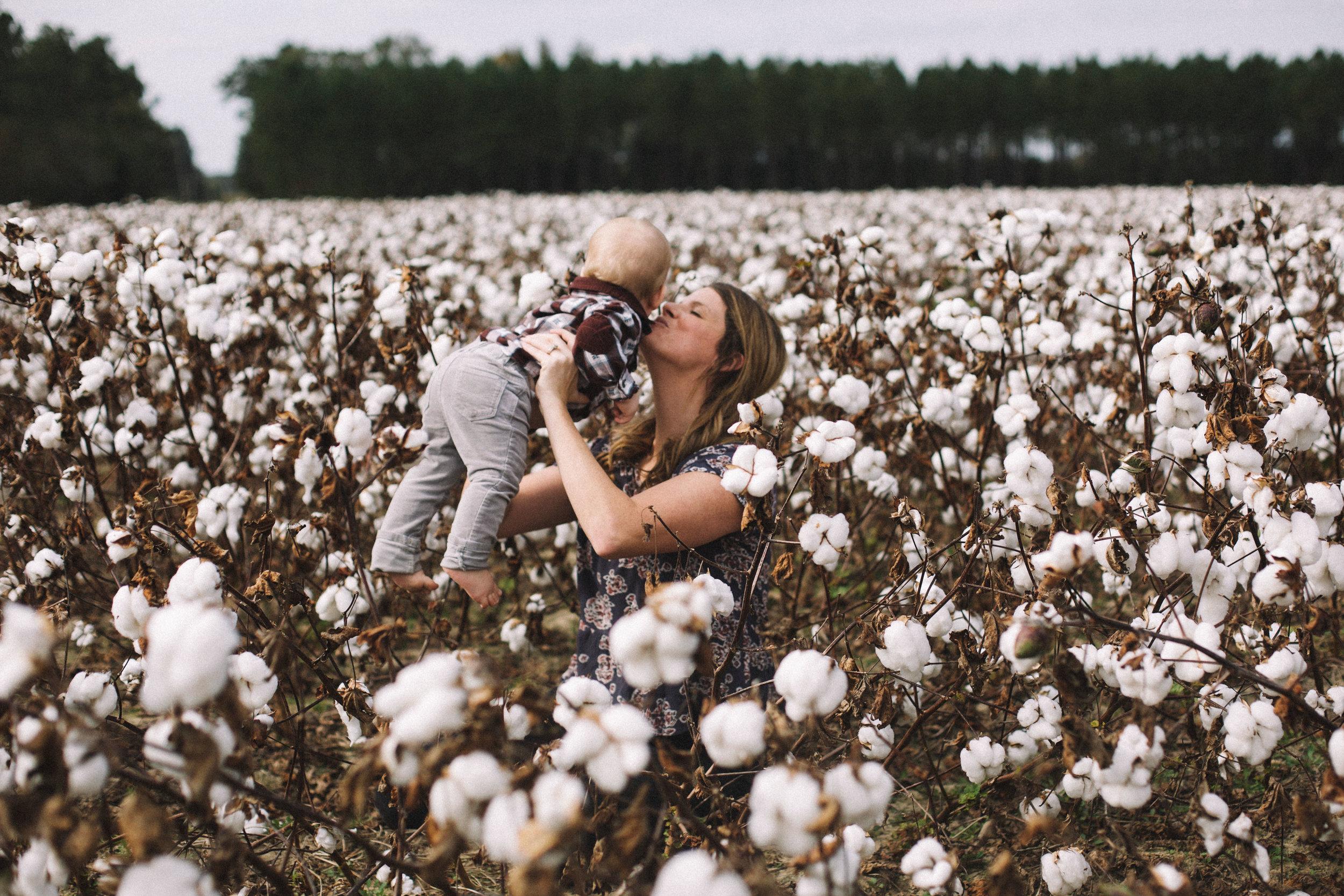 Cotton Field Maternity 17 Weeks  (9 of 28).jpg