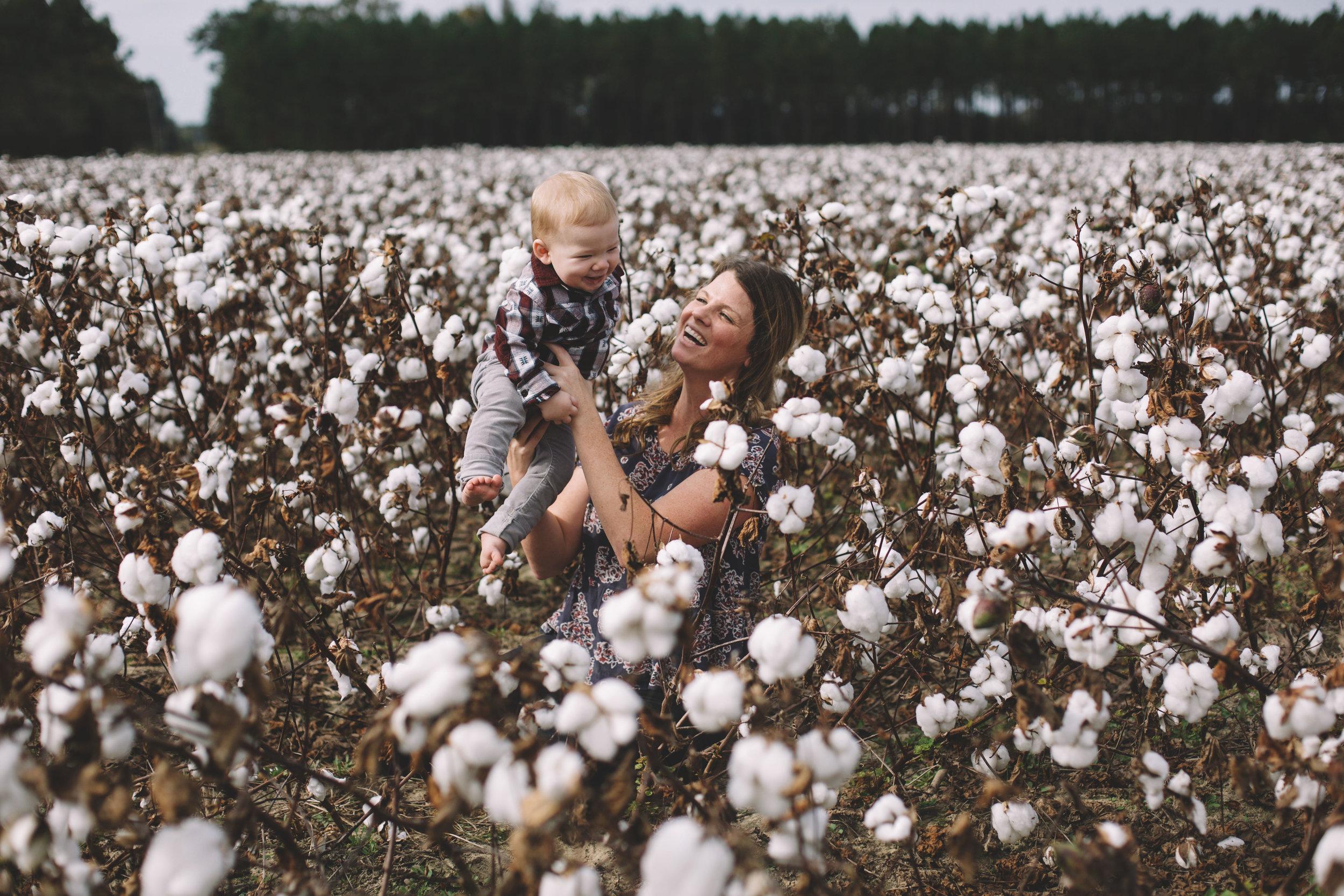 Cotton Field Maternity 17 Weeks  (11 of 28).jpg