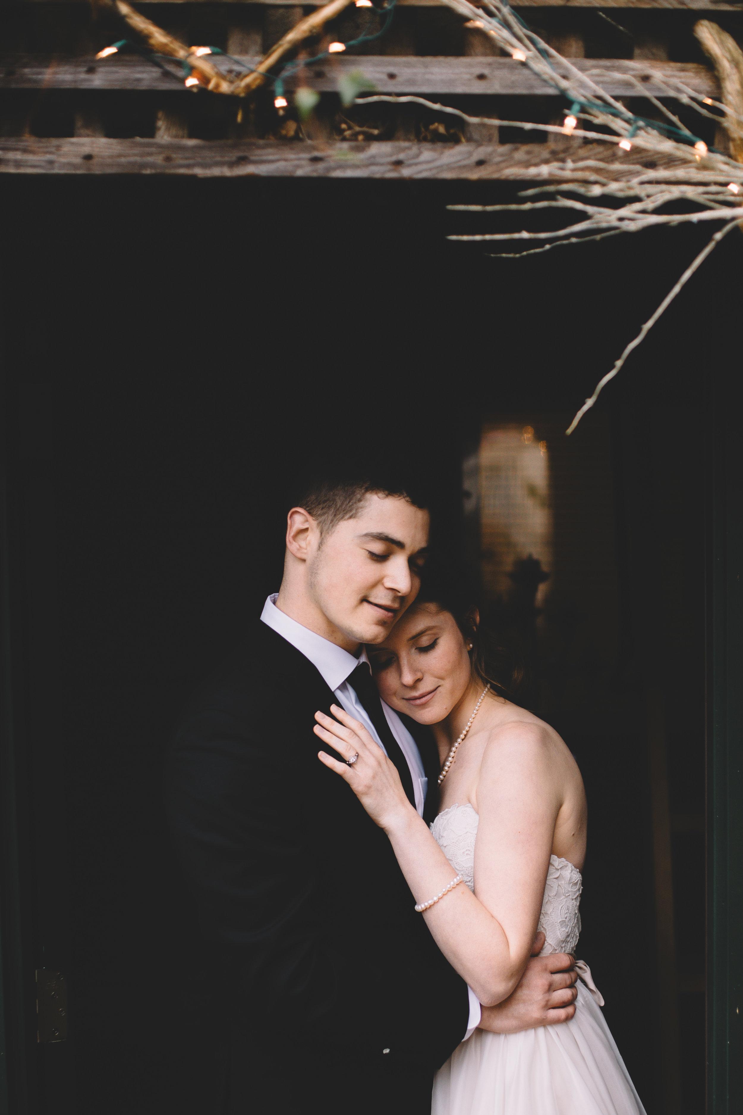 Jake + Brittney Balbas Airbnb Carriage House Wedding Evansville IN (108 of 426).jpg