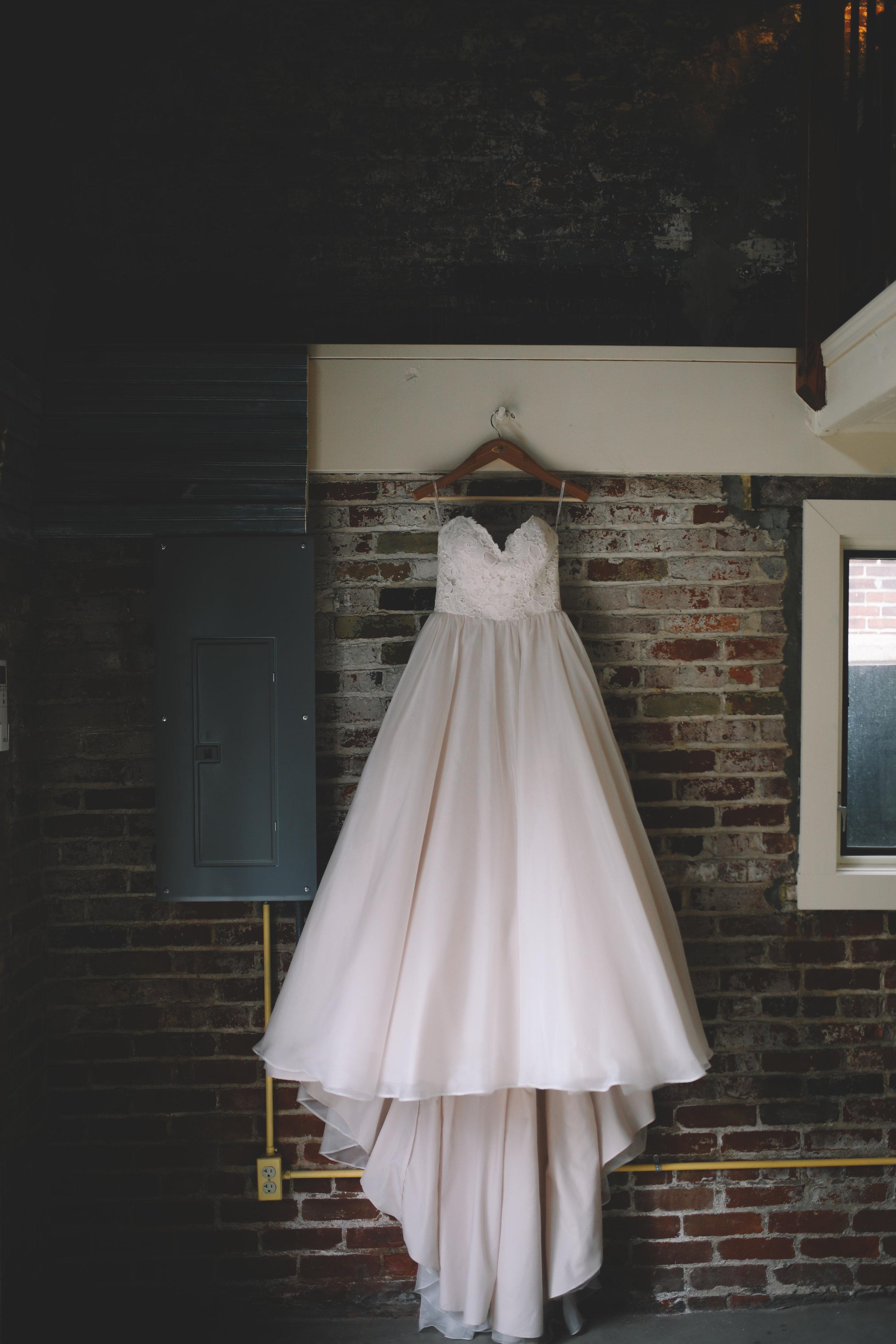 Jake + Brittney Balbas Airbnb Carriage House Wedding Evansville IN (1 of 426).jpg