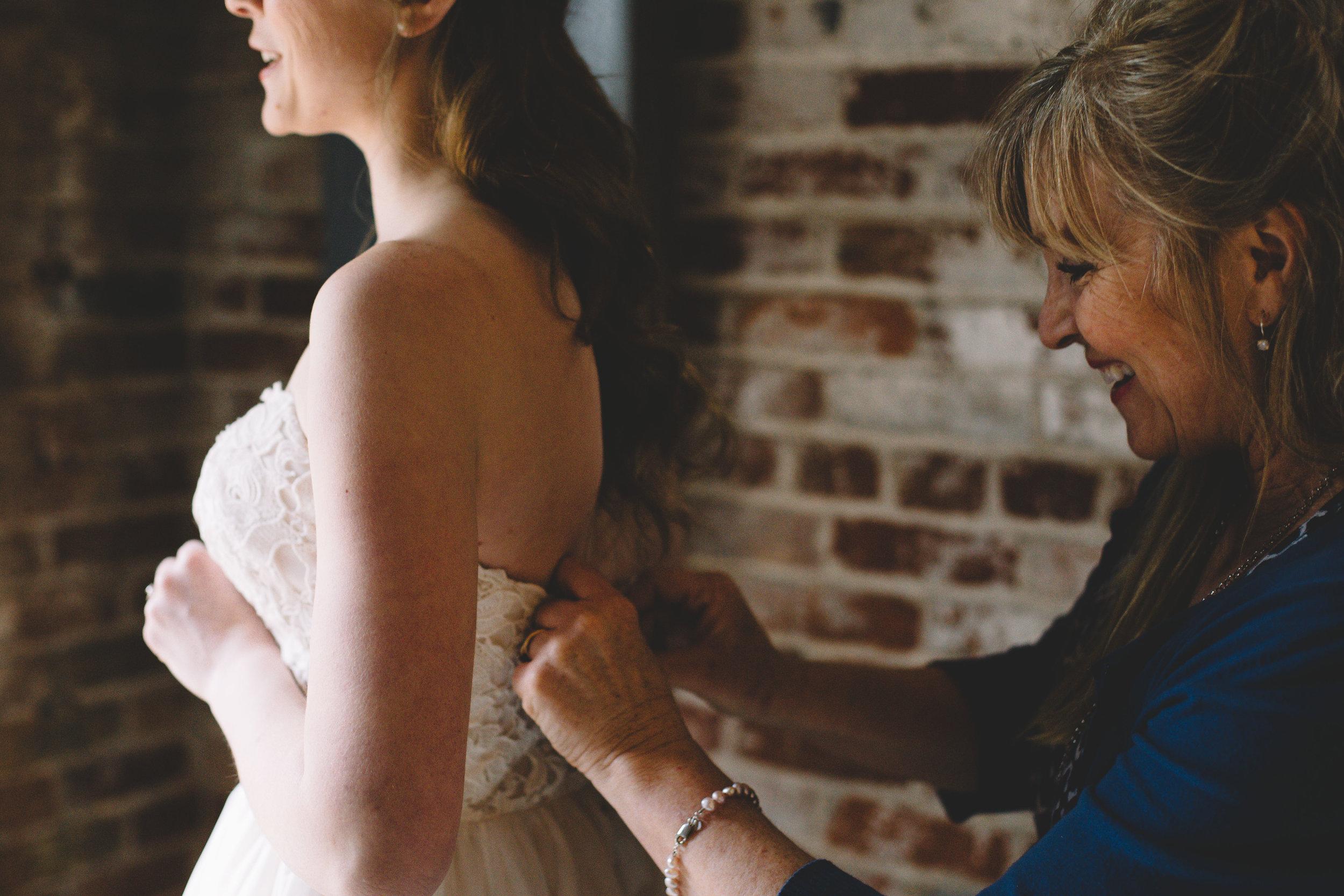Jake + Brittney Balbas Airbnb Carriage House Wedding Evansville IN (39 of 426).jpg