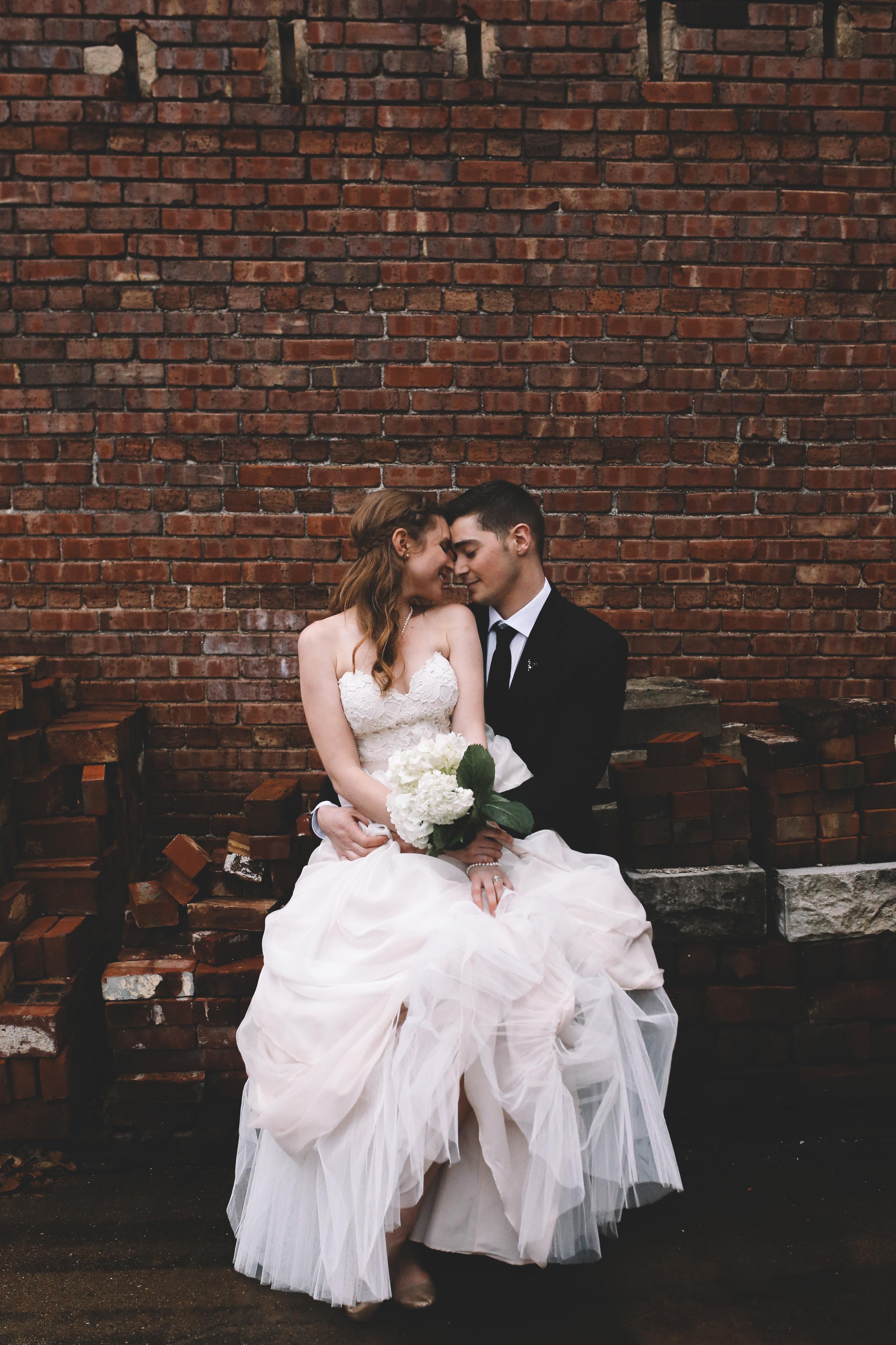 Jake + Brittney Balbas Airbnb Carriage House Wedding Evansville IN (311 of 426).jpg