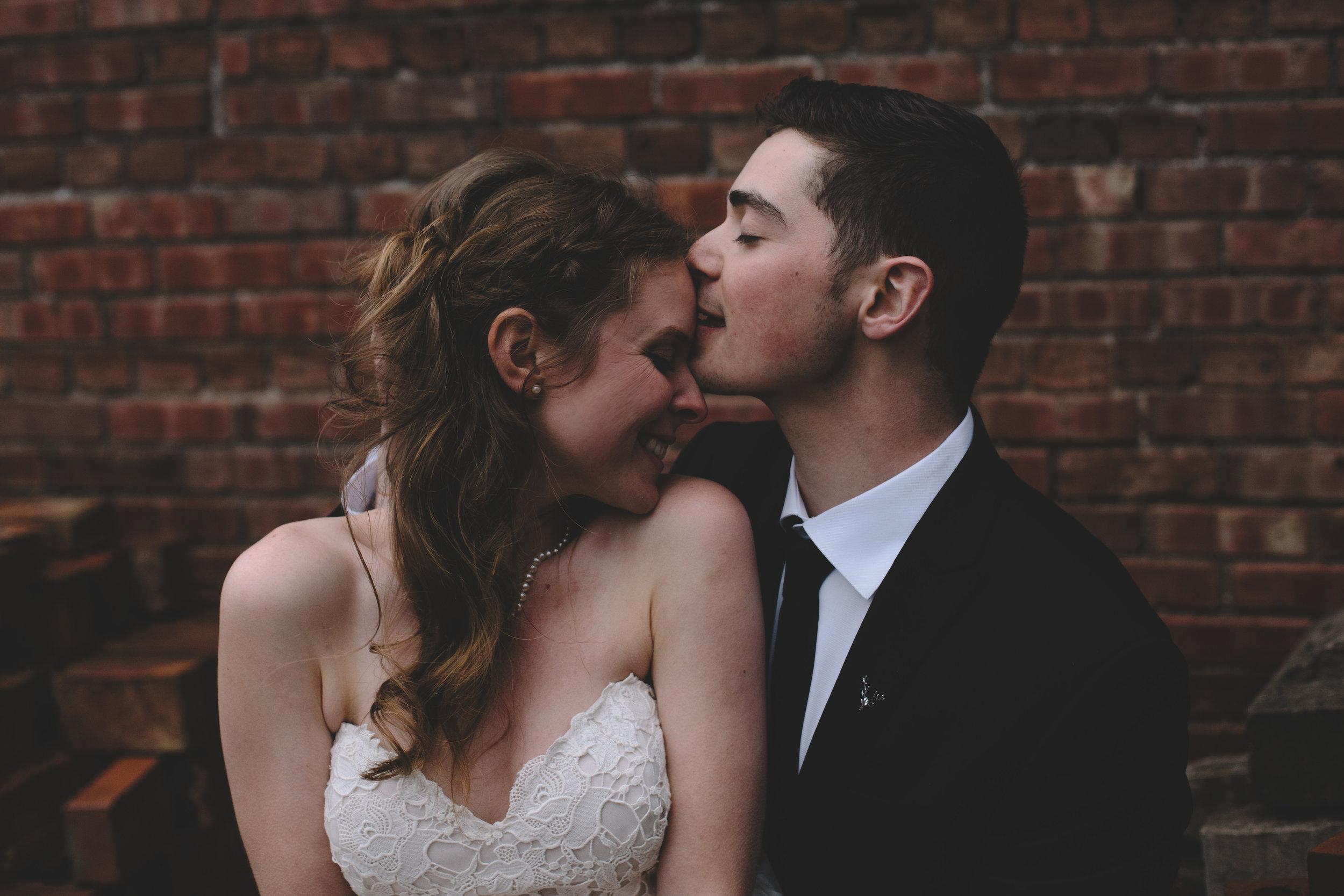 Jake + Brittney Balbas Airbnb Carriage House Wedding Evansville IN (323 of 426).jpg