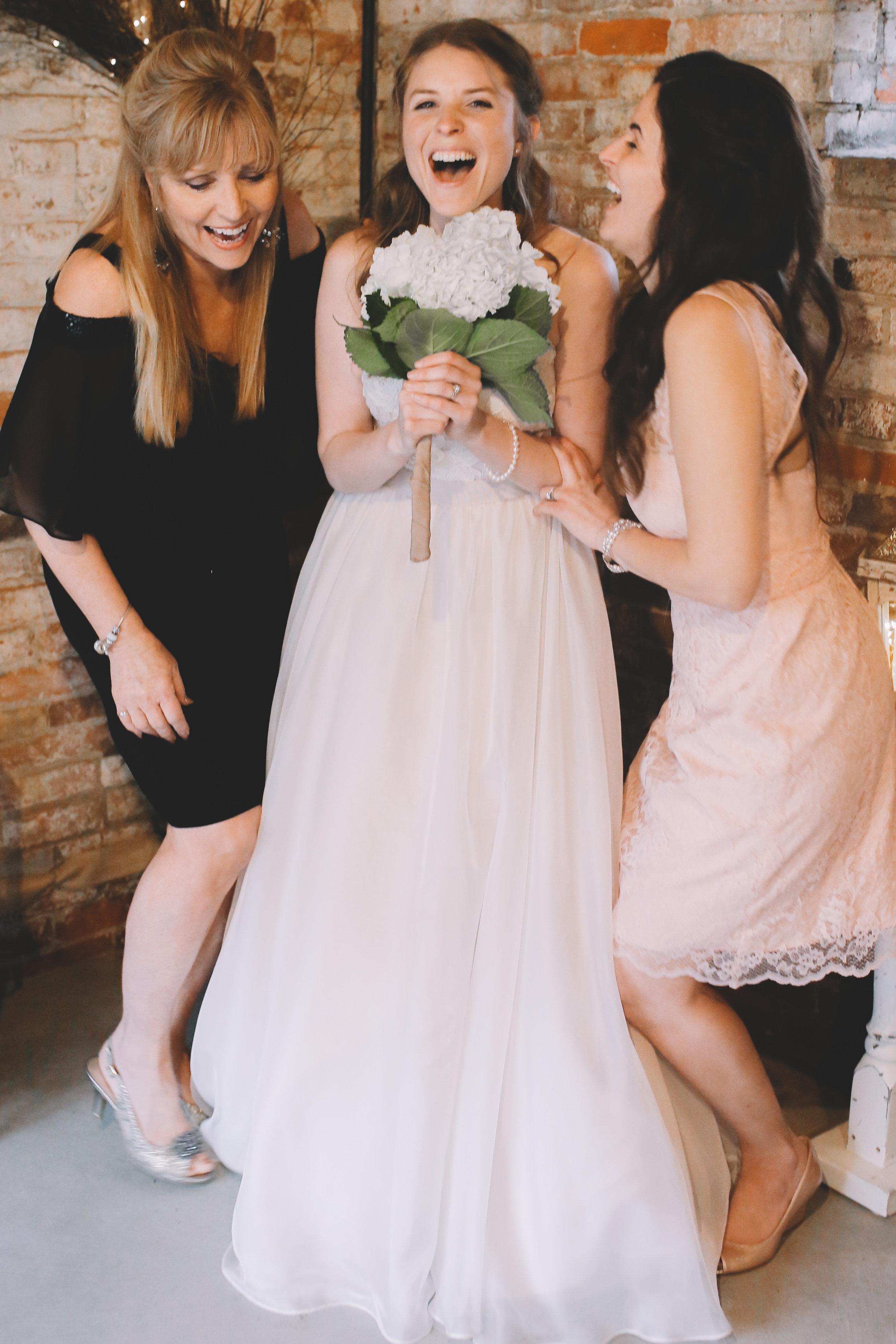 Jake + Brittney Balbas Airbnb Carriage House Wedding Evansville IN (172 of 426).jpg