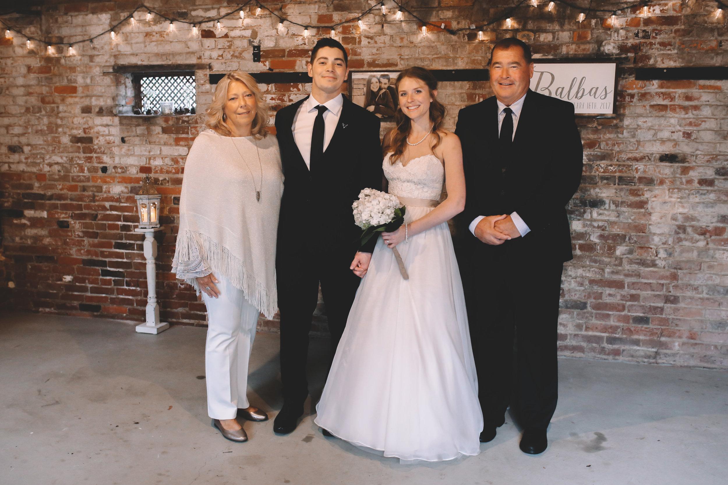 Jake + Brittney Balbas Airbnb Carriage House Wedding Evansville IN (196 of 426).jpg