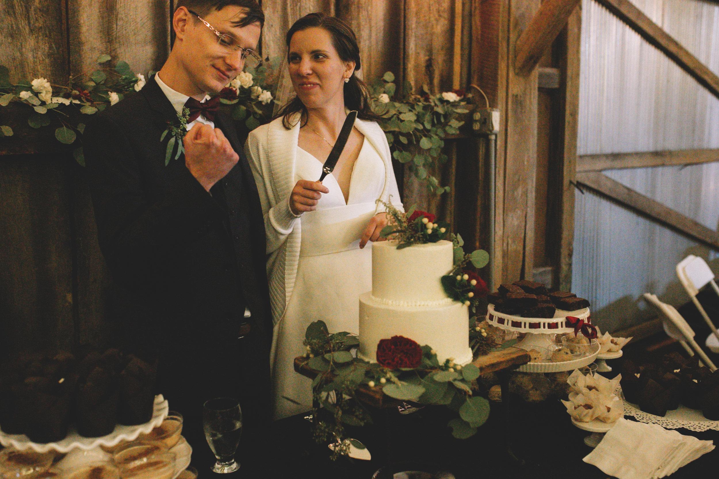 Erin + Derik Duncan's Cincinnati Wedding (567 of 612).jpg