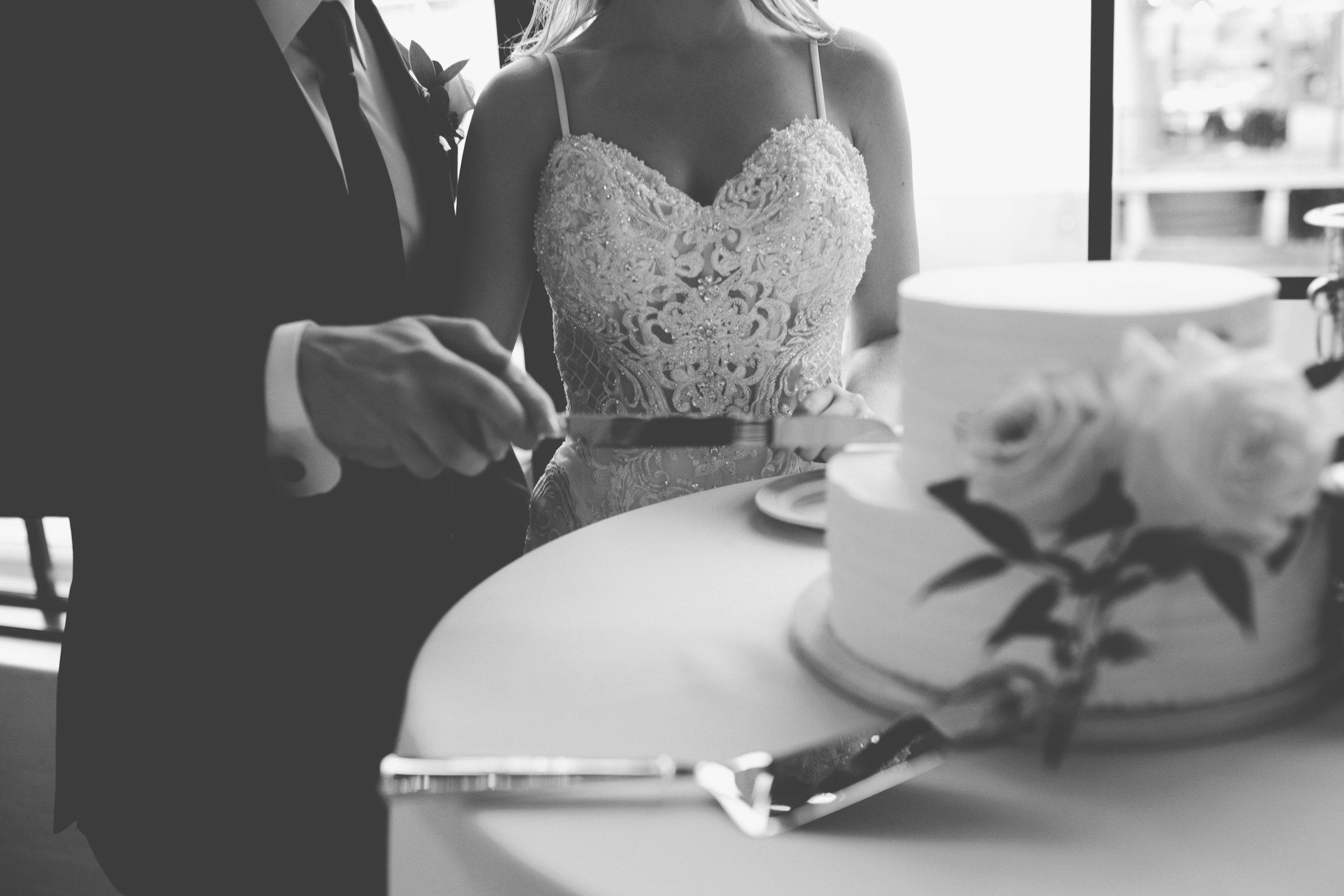 Mitch + Elizabeth The Pointe Wedding Louisville KY  (782 of 1023).jpg