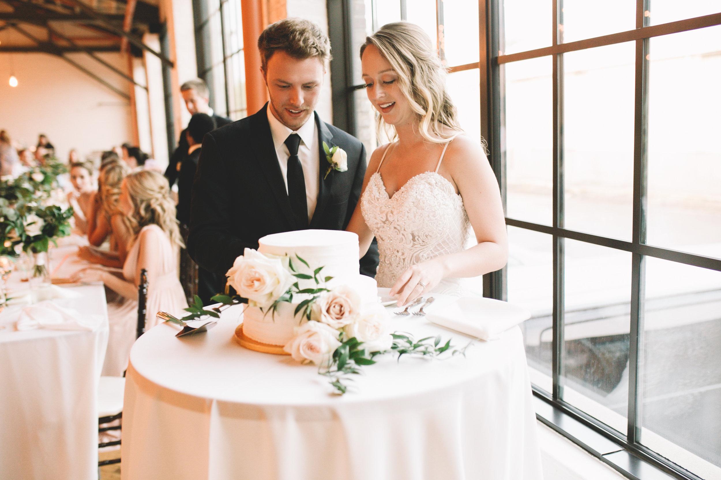 Mitch + Elizabeth The Pointe Wedding Louisville KY  (787 of 1023).jpg
