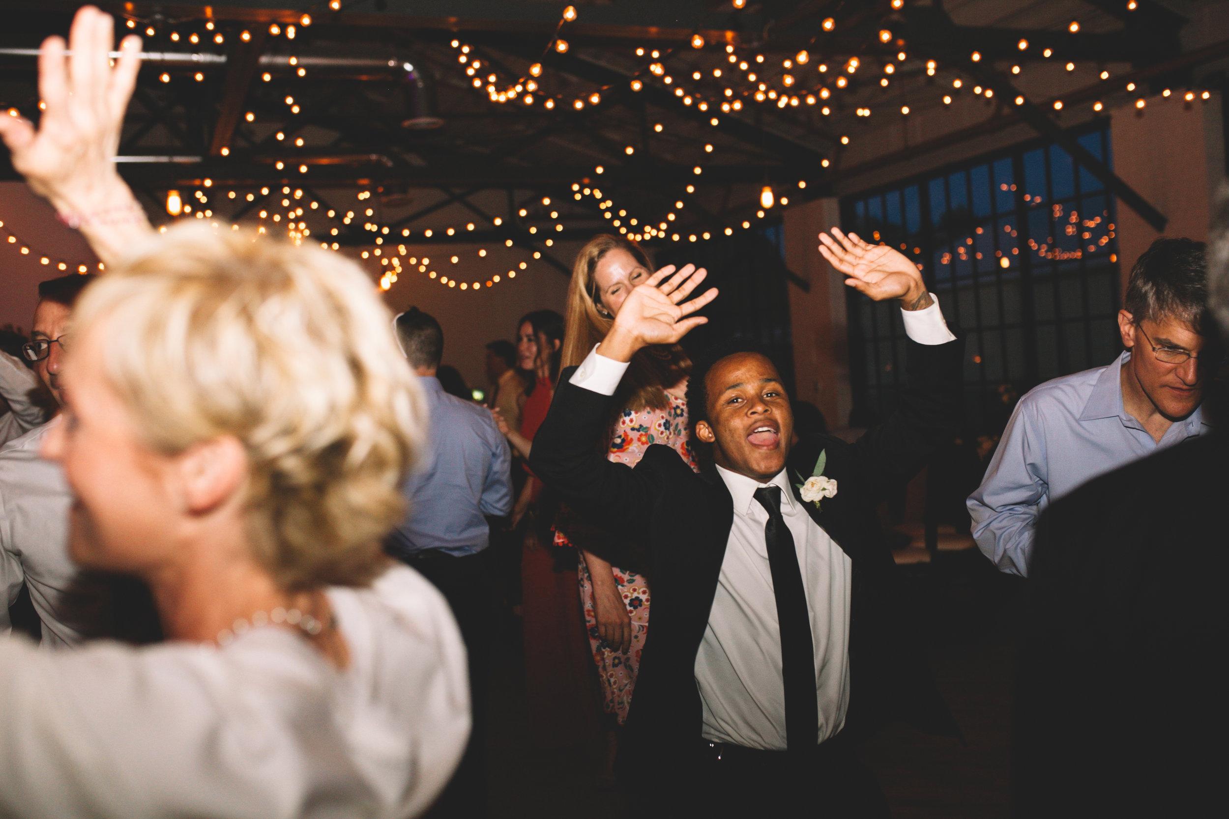 Mitch + Elizabeth The Pointe Wedding Louisville KY  (909 of 1023).jpg