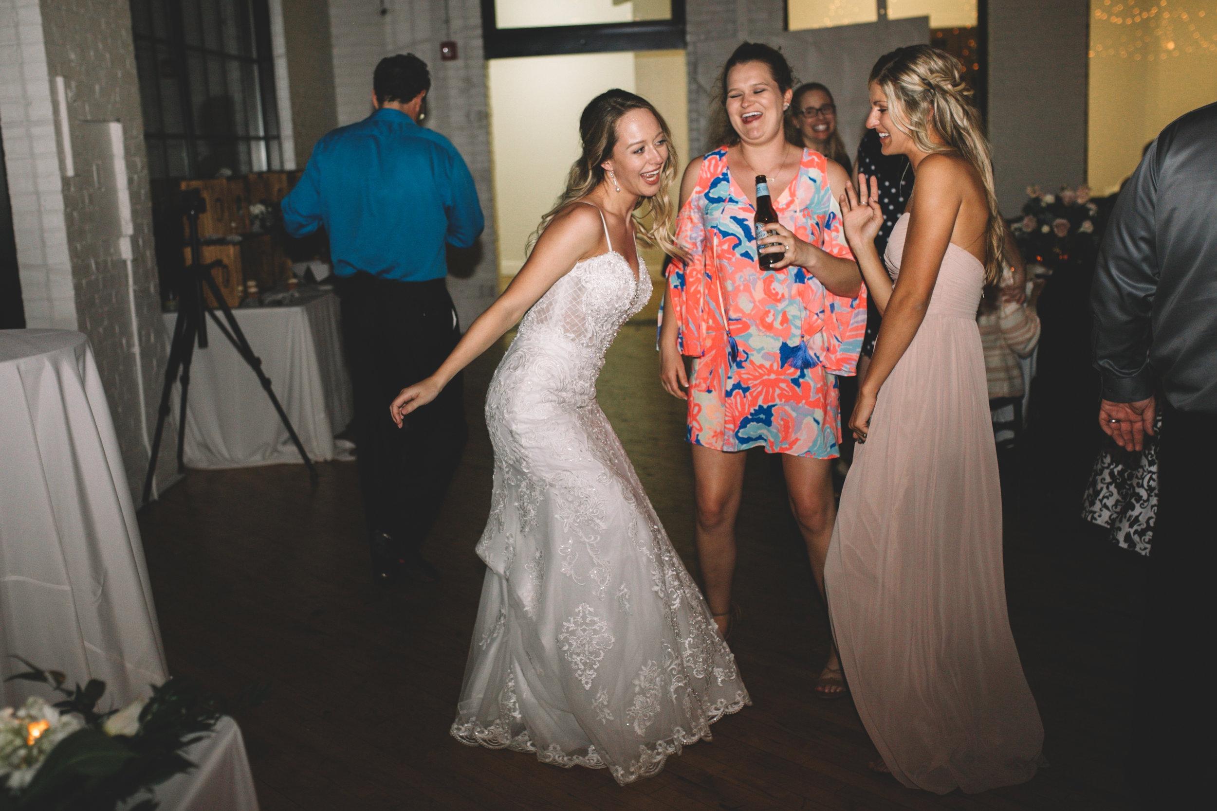 Mitch + Elizabeth The Pointe Wedding Louisville KY  (918 of 1023).jpg
