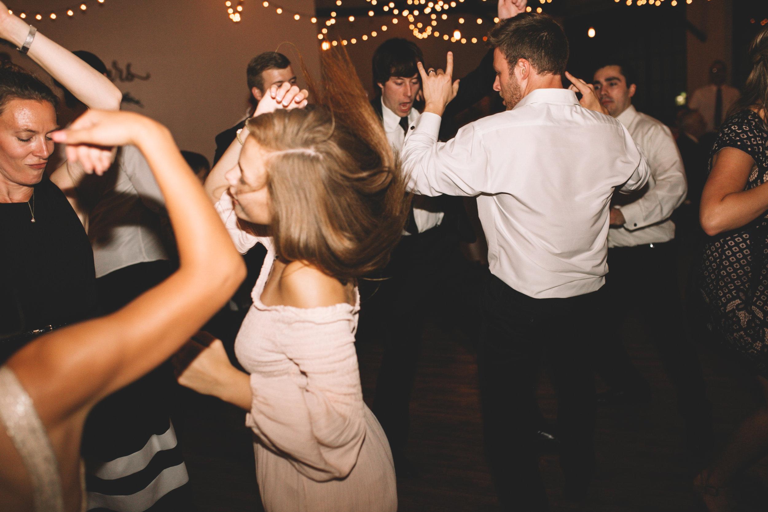 Mitch + Elizabeth The Pointe Wedding Louisville KY  (922 of 1023).jpg