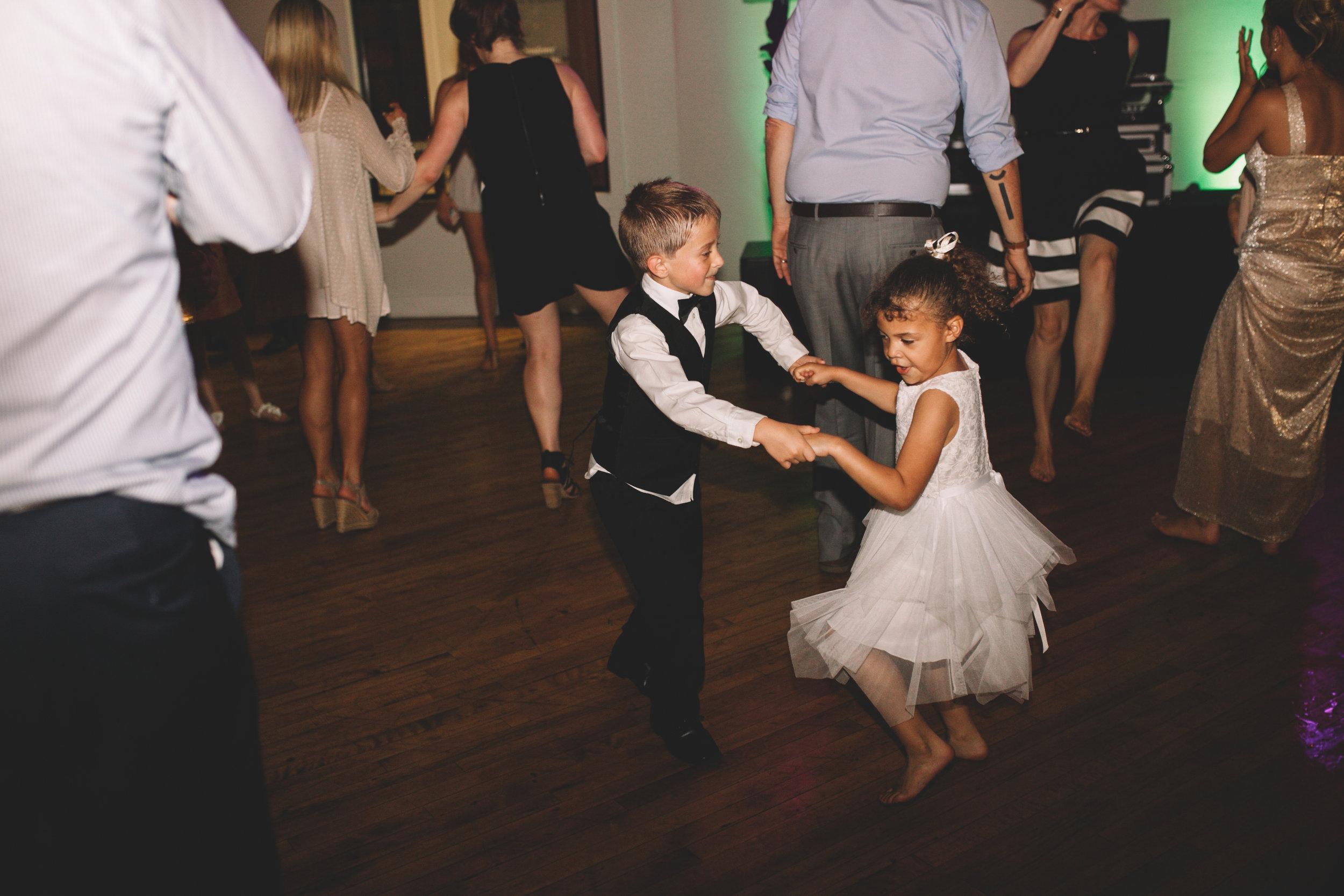 Mitch + Elizabeth The Pointe Wedding Louisville KY  (926 of 1023).jpg