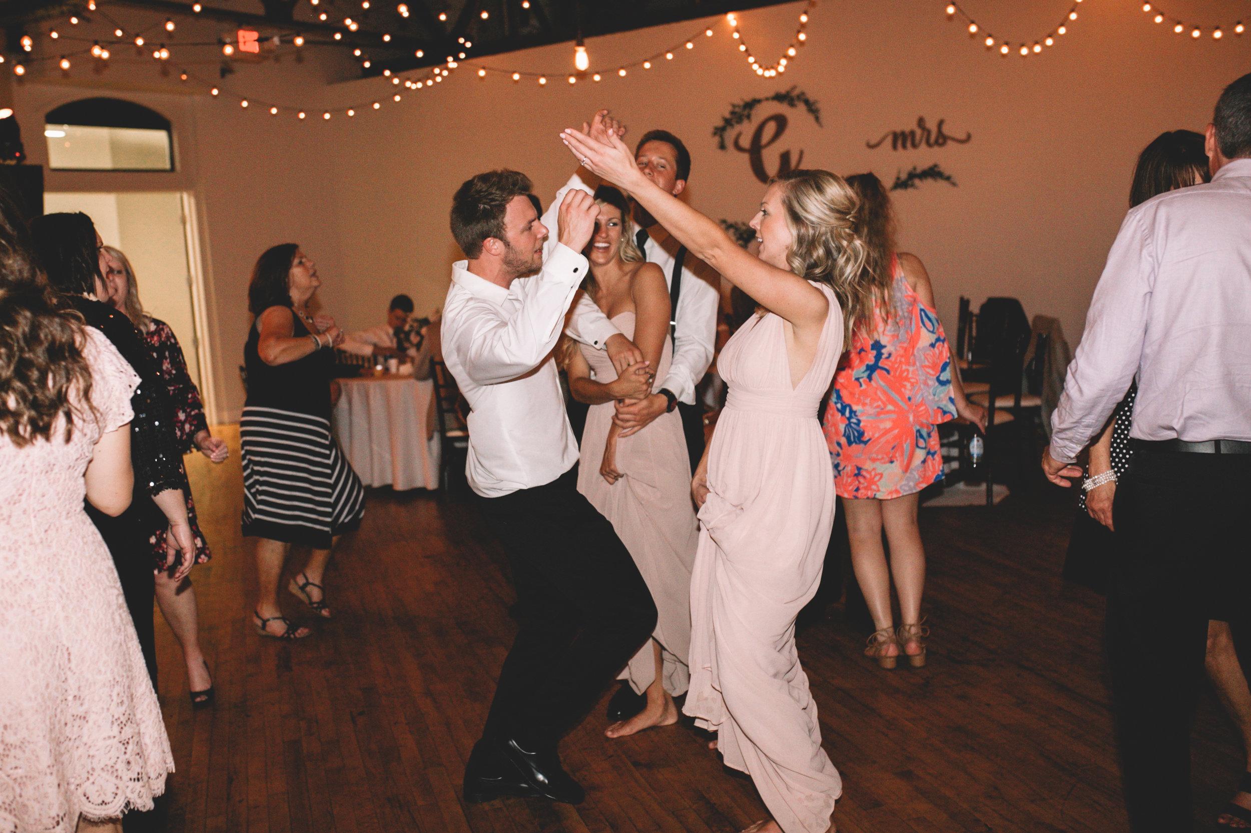 Mitch + Elizabeth The Pointe Wedding Louisville KY  (959 of 1023).jpg