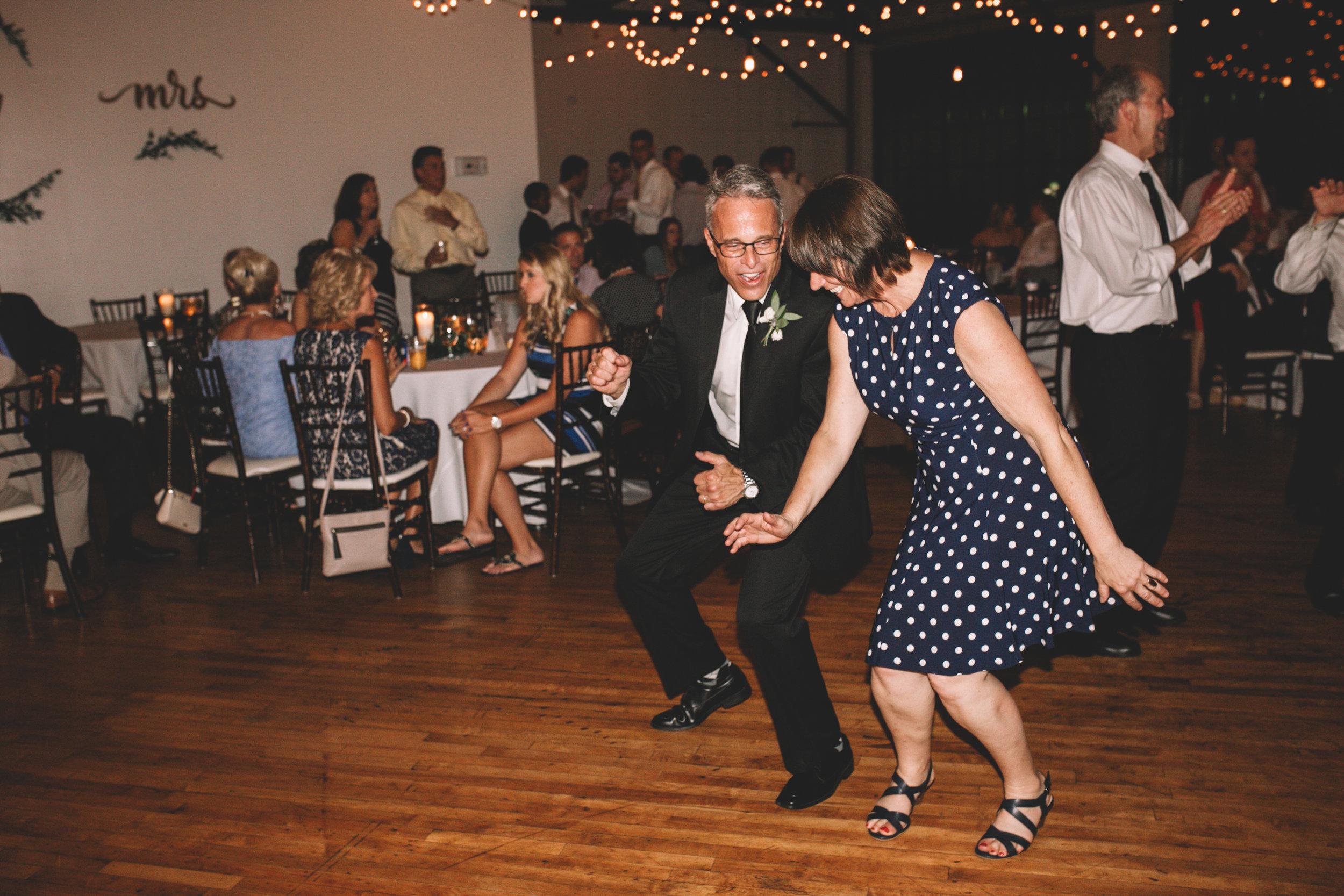 Mitch + Elizabeth The Pointe Wedding Louisville KY  (963 of 1023).jpg
