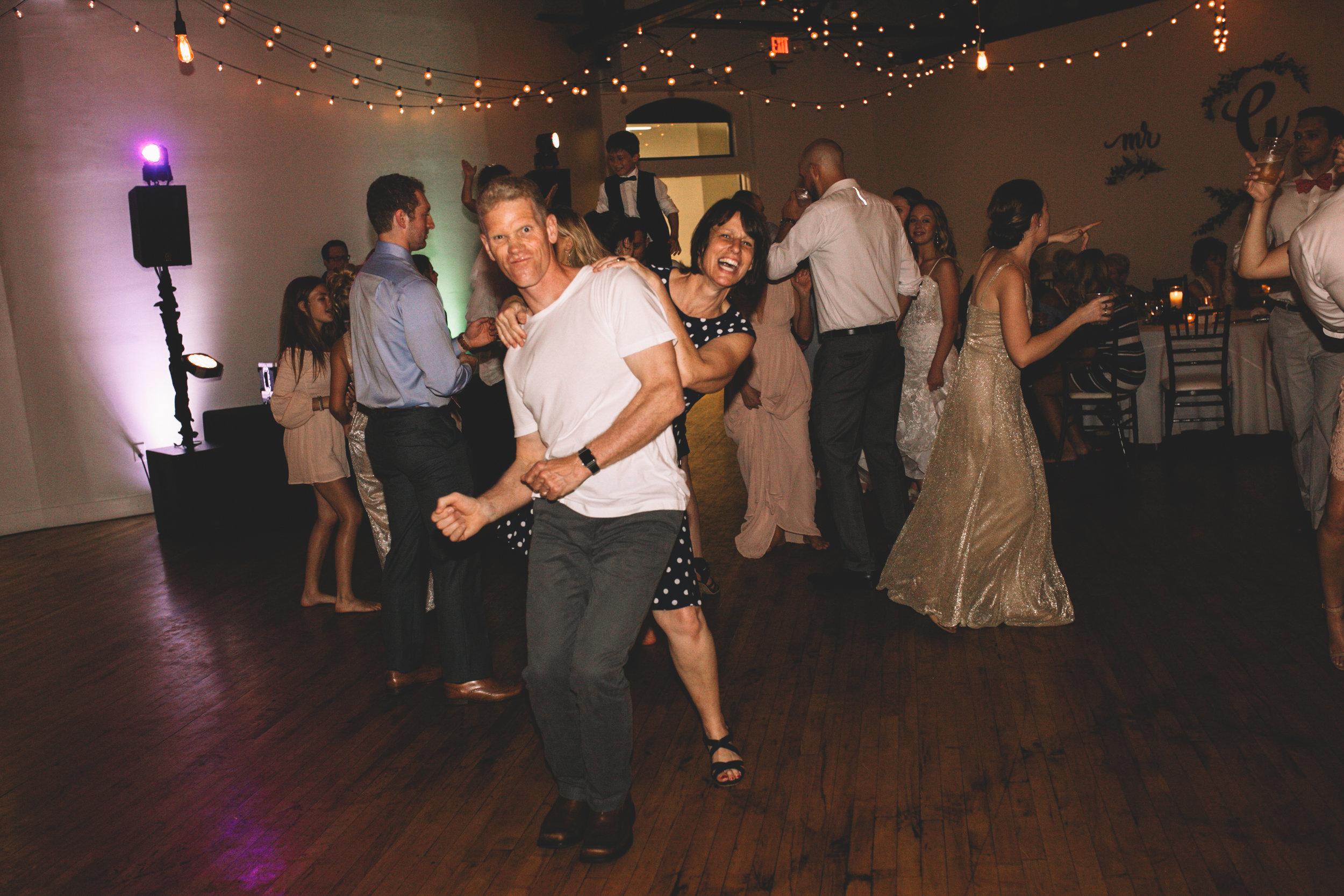 Mitch + Elizabeth The Pointe Wedding Louisville KY  (977 of 1023).jpg