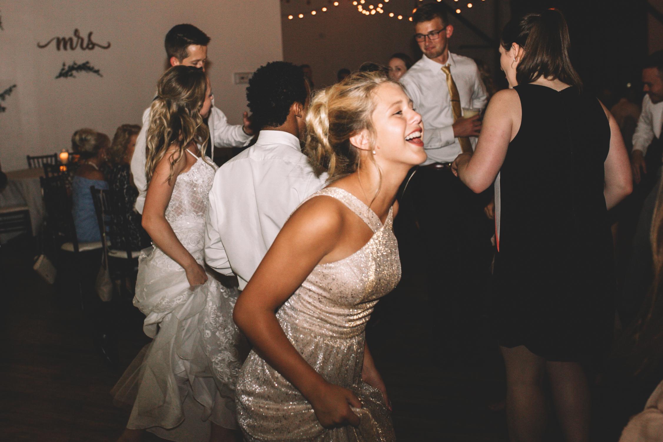Mitch + Elizabeth The Pointe Wedding Louisville KY  (986 of 1023).jpg