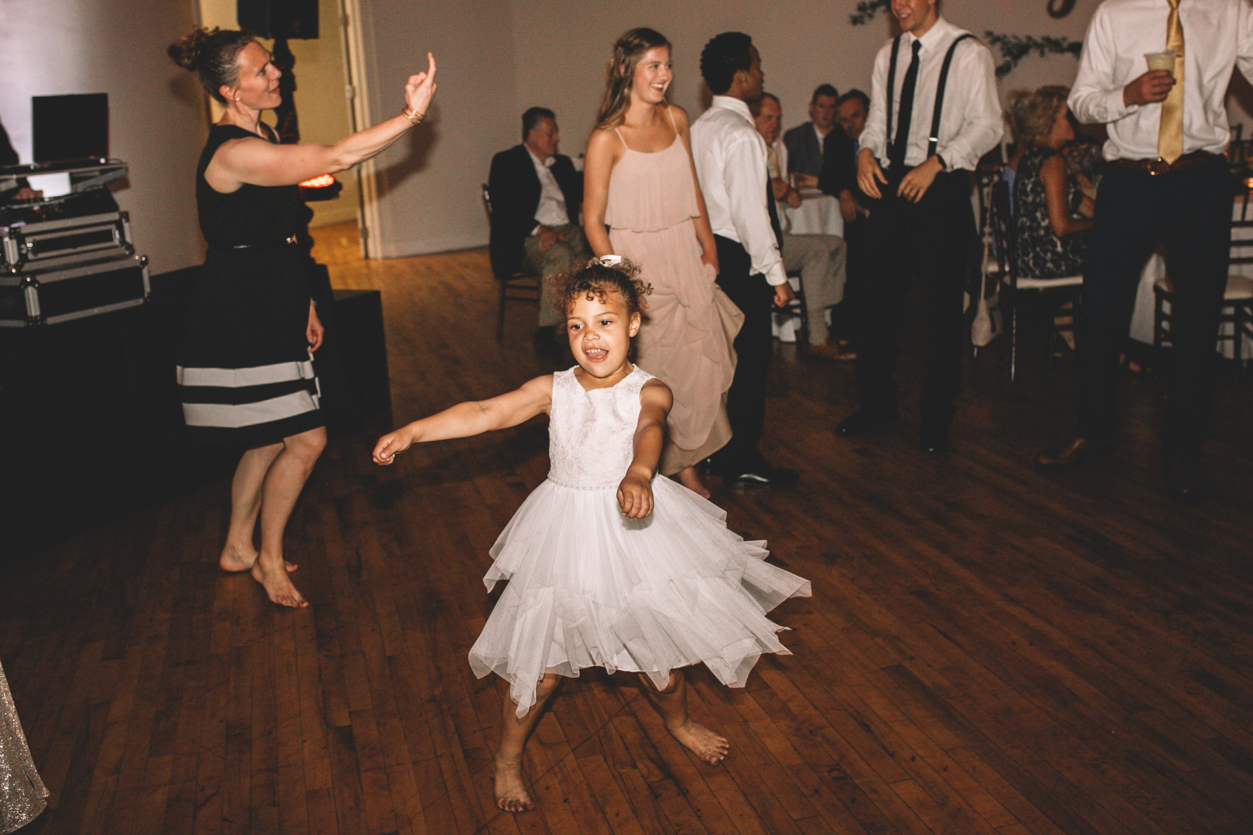 Mitch + Elizabeth The Pointe Wedding Louisville KY  (990 of 1023).jpg