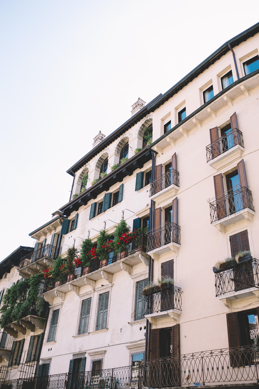 Blog Verona Italy  (4 of 8).jpg